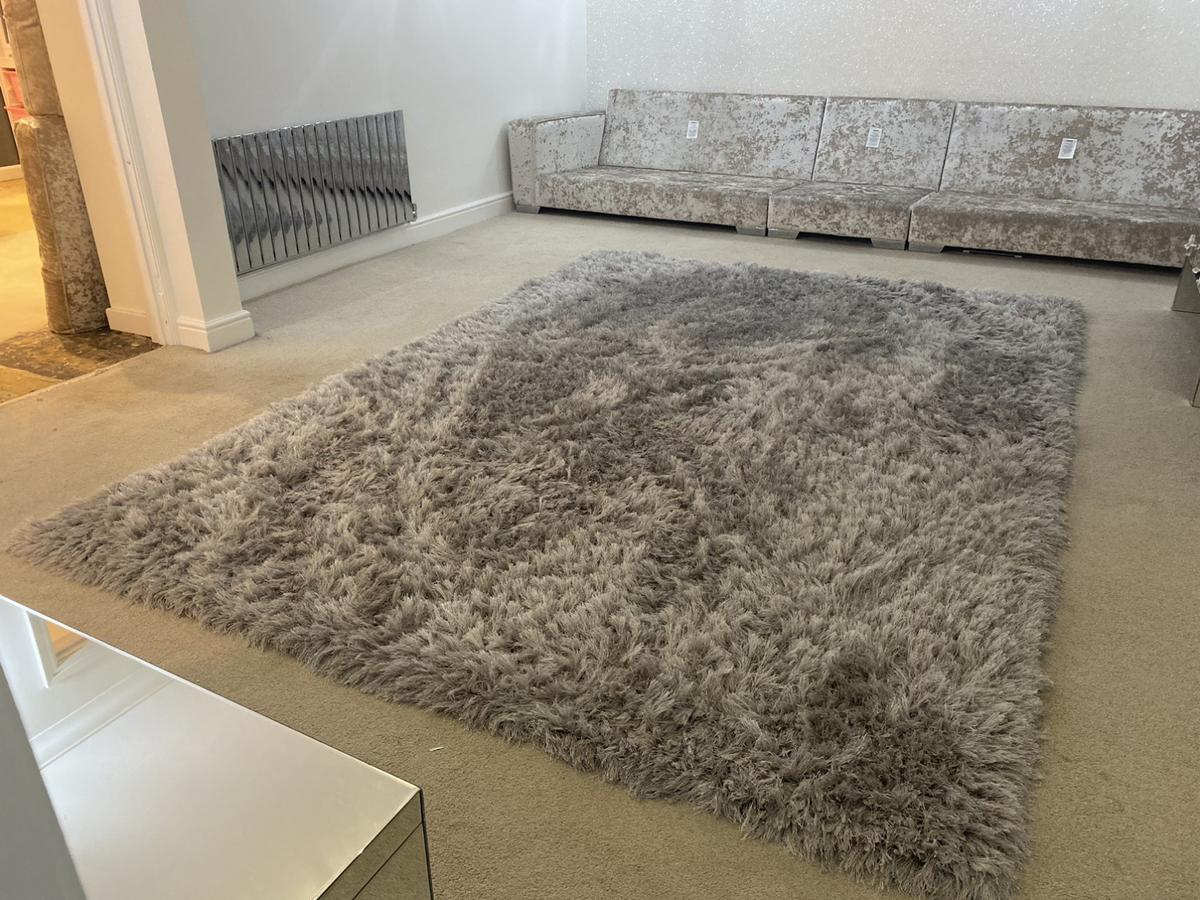 Very Large Silver Grey Sparkle Rug In