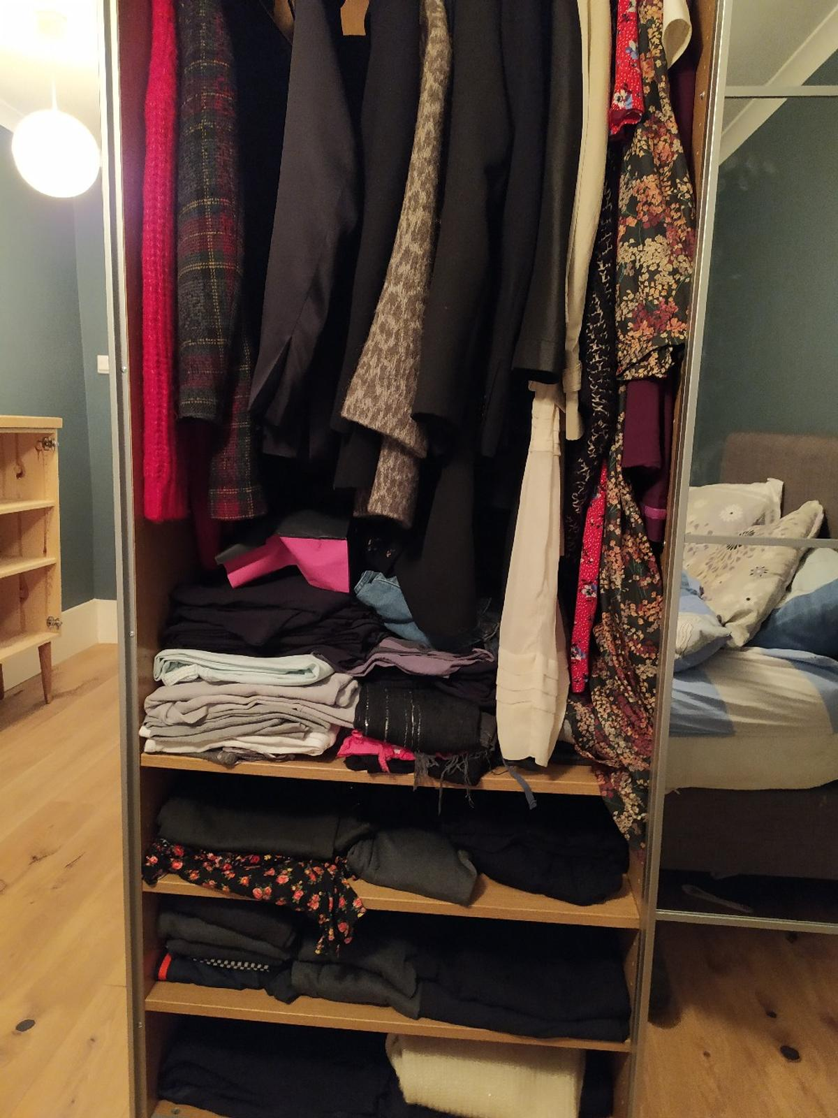 IKEA Pax wardrobe in N5 Londres for