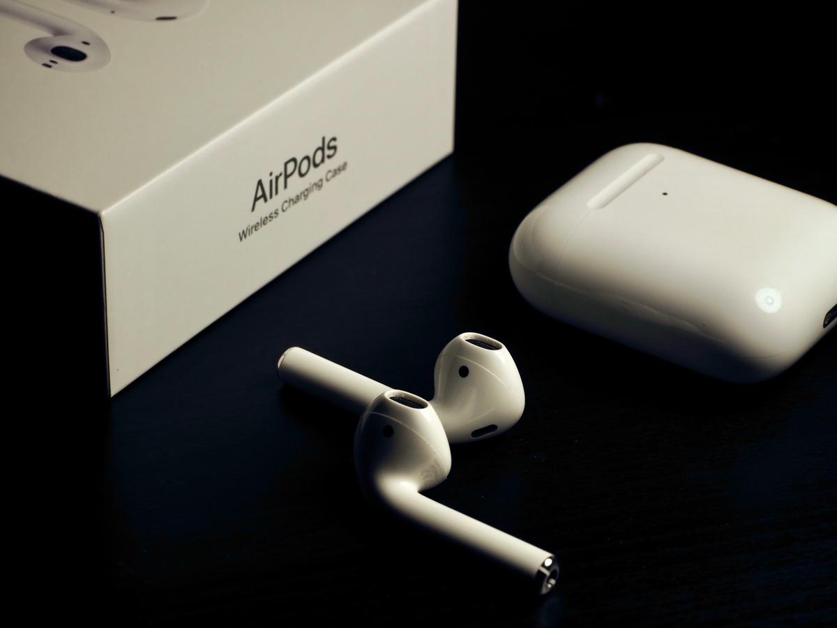 Airpods 2nd Gen Wireless Charging Case In W4 London For 119 00
