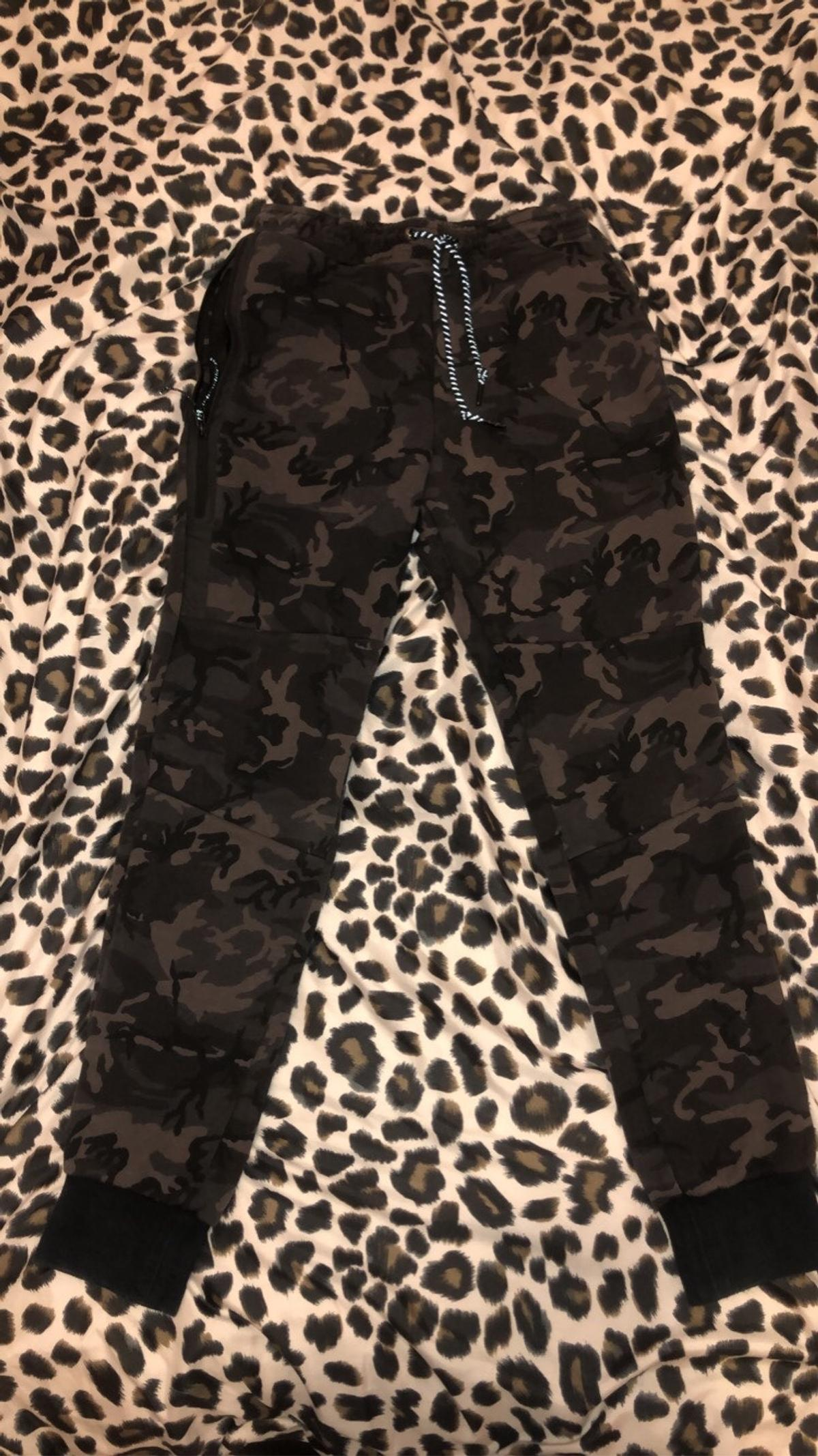 Nike Tech Fit Camo Tracksuit Bottoms In Reading For 35 00 For Sale Shpock