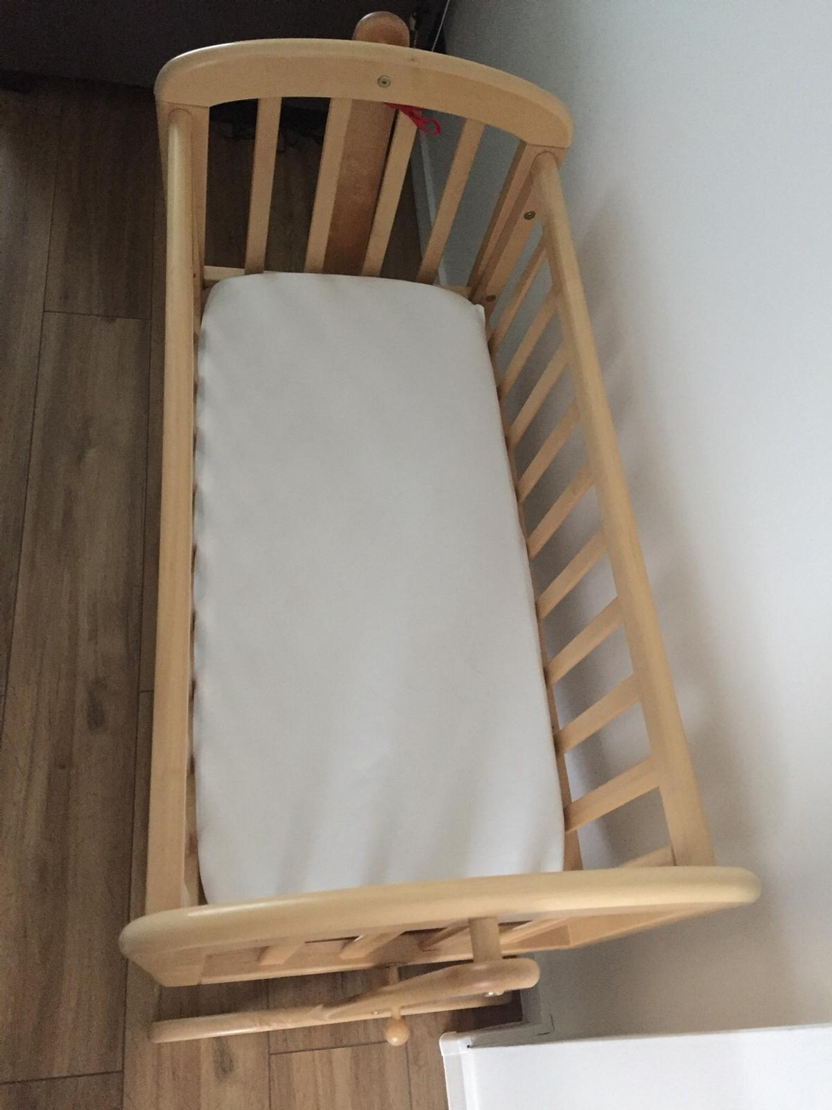 John Lewis Swing Crib In Le18 Leicester For 50 00 For Sale Shpock
