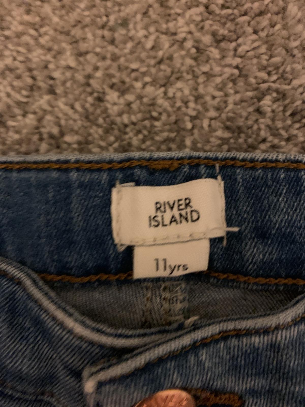 superior quality cheapest popular stores Girls river island ripped jeans in Wakefield for £9.00 for sale ...
