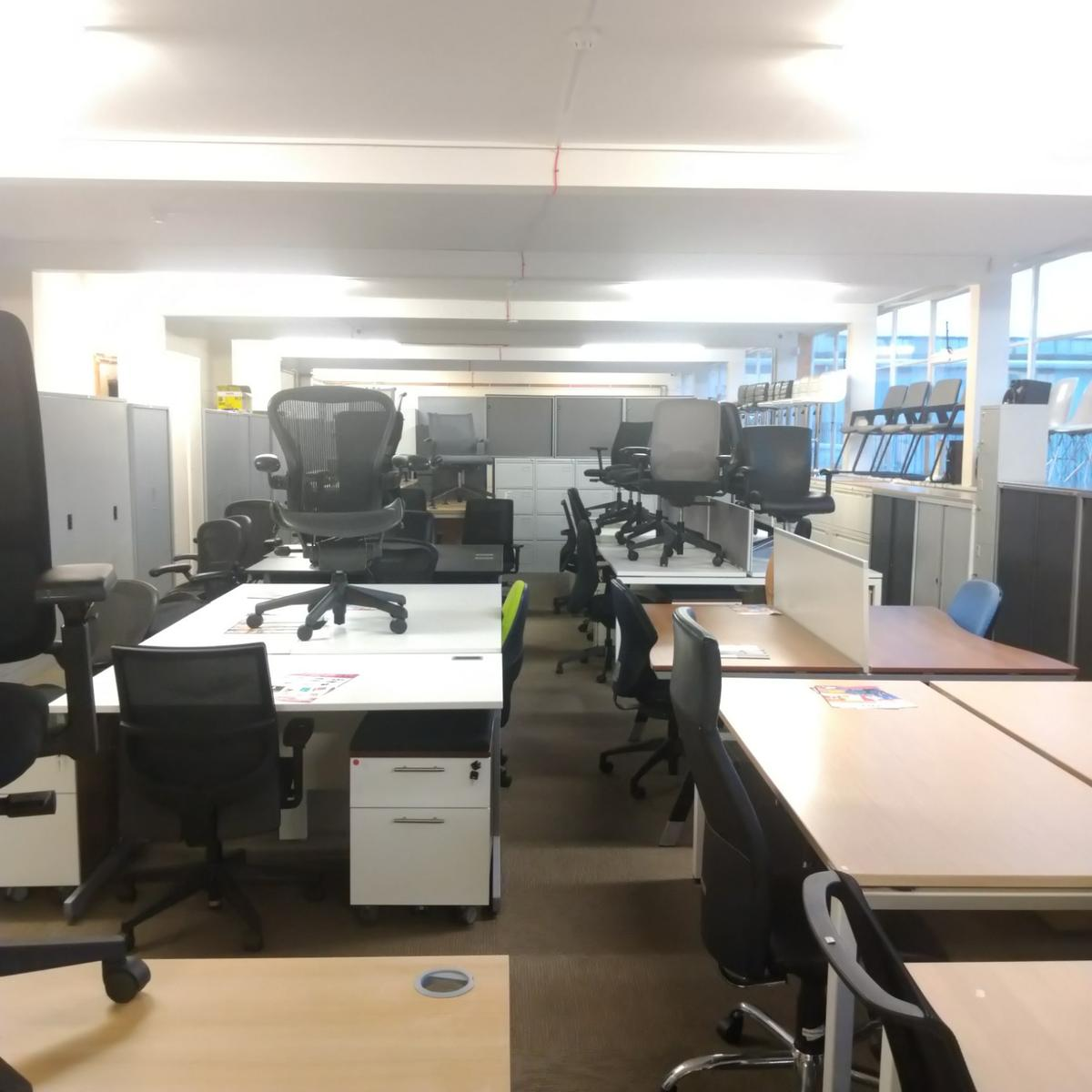 Office Furniture Low Price All Year