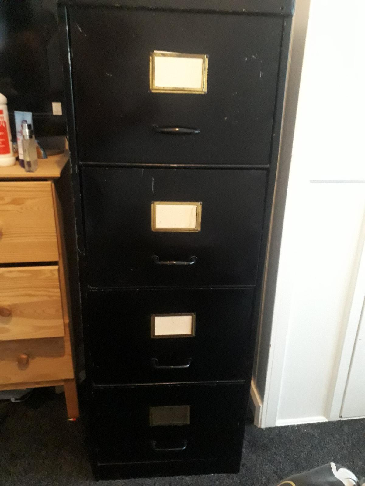 old metal filing cabinet. has signs of rust and one draw opens slowly, but has a lovely vintage look about it. needs an estate car or van to collect.