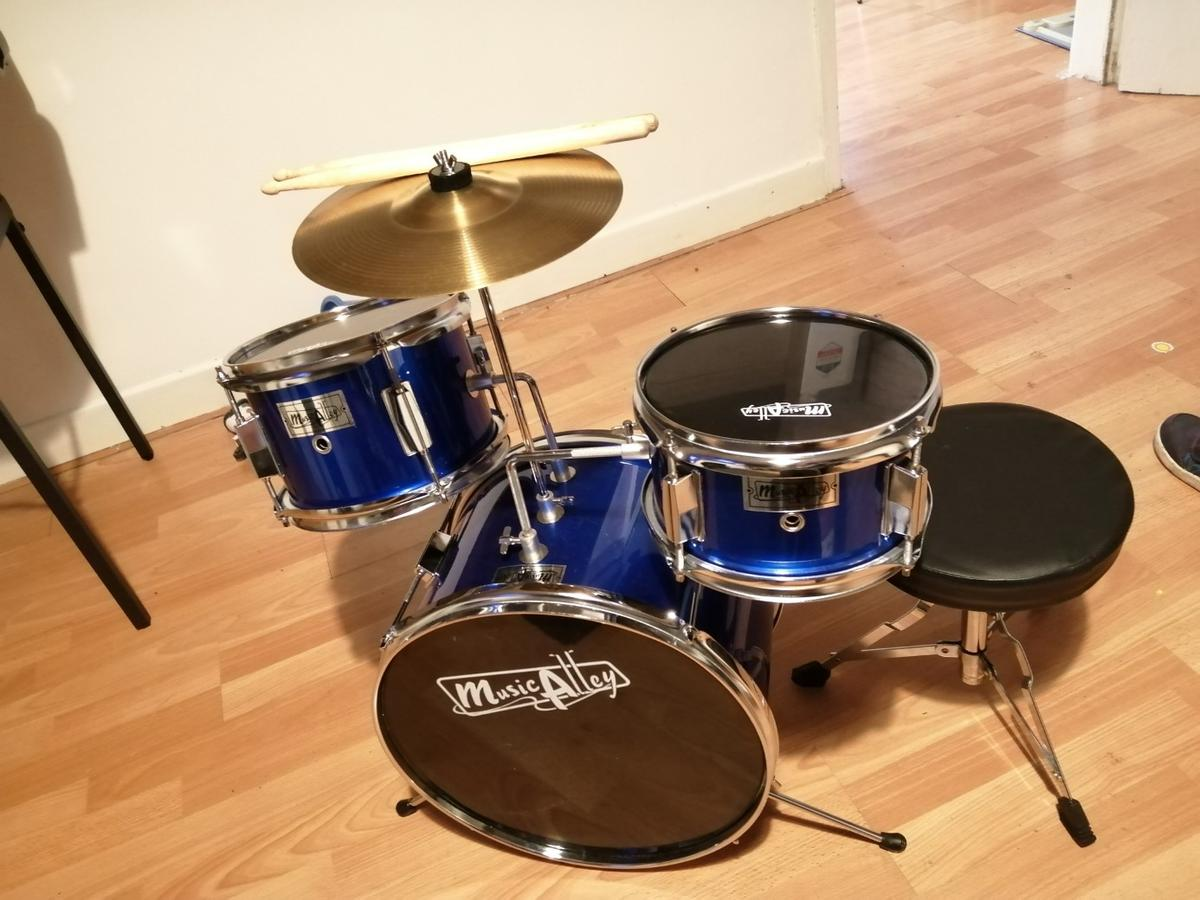 Kids Music alley drum kit argos selling these at £80