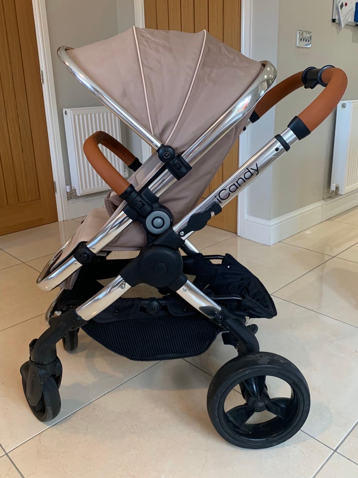 Excellent condition. Warranty registered. Complete travel system with just the odd scratch from normal wear and tear. Updated buckle system and extra seat liner for the pushchair. Comes complete with footmuff, seat liner, adapters, rain covers, and cup holder with connector for either parasol or cup holder. Will consider delivery - please contact for details
