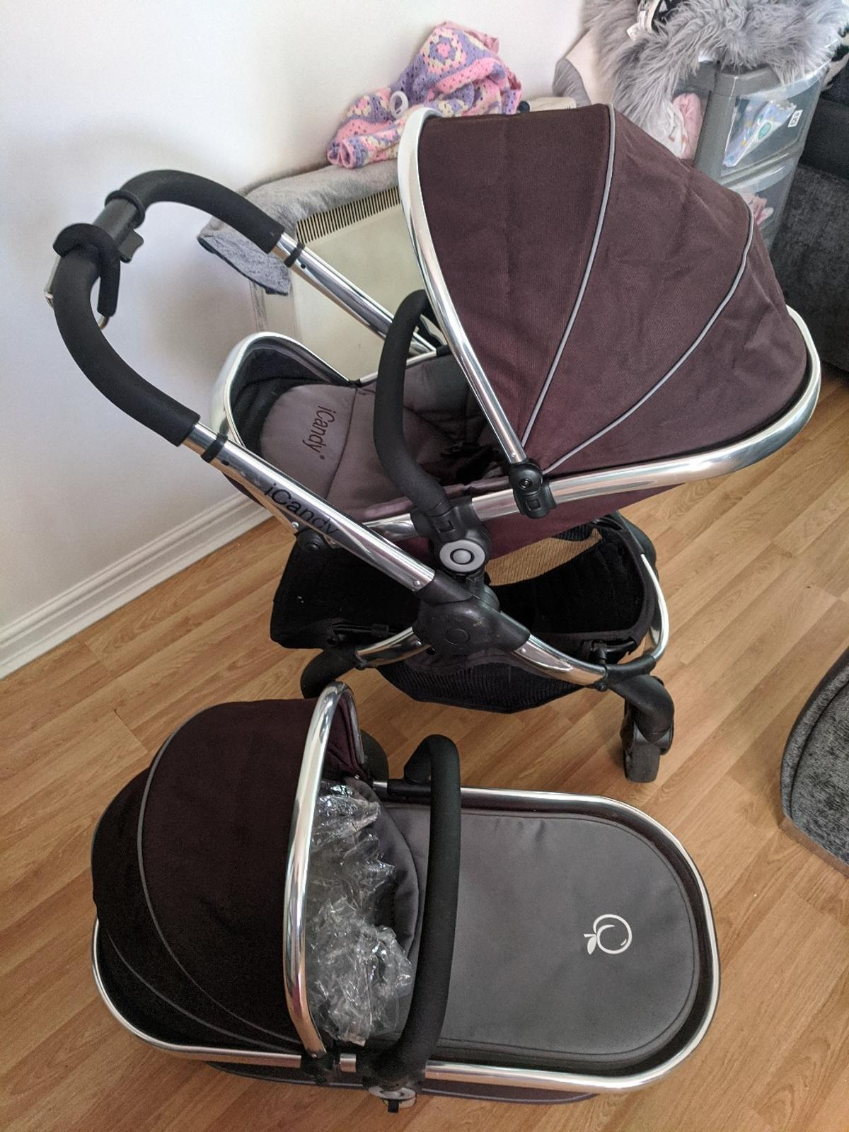 comes with carrycot and rain cover,a small minor tear in the foam in the Handel but does not affect ability at all.a few scratches on front bottom of frame but hardly noticeable.used for four months.carry cot also comes with added mattress for comfort.
