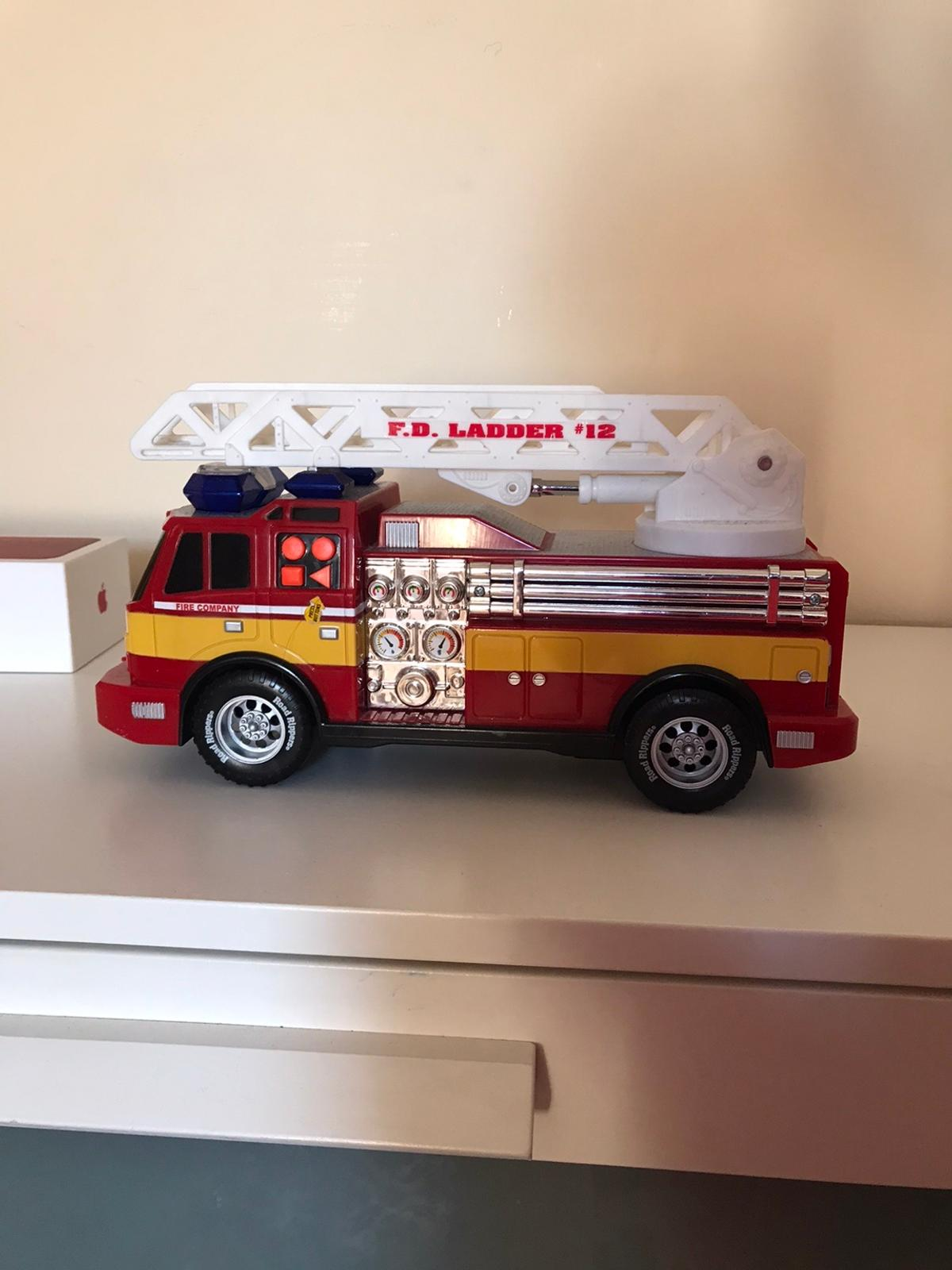 Good condition toy fire truck with lights and sound battery operated comes with batteries inside collection from West Norwood or can post for extra £3