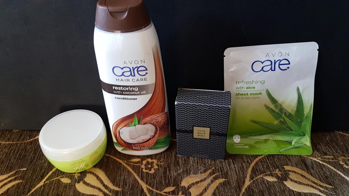 Brand New Box Of Avon Goodies This includes Avon Little Black Dress Perfume 30ml Avon Naturals Complete Recovery Chamomile & Aloe Vera Treatment Mask 125ml Avon Care Restoring Coconut Conditioner 400ml Avon Care Refreshing Aloe Vera Sheet Mask  Can be posted in UK for an extra £5