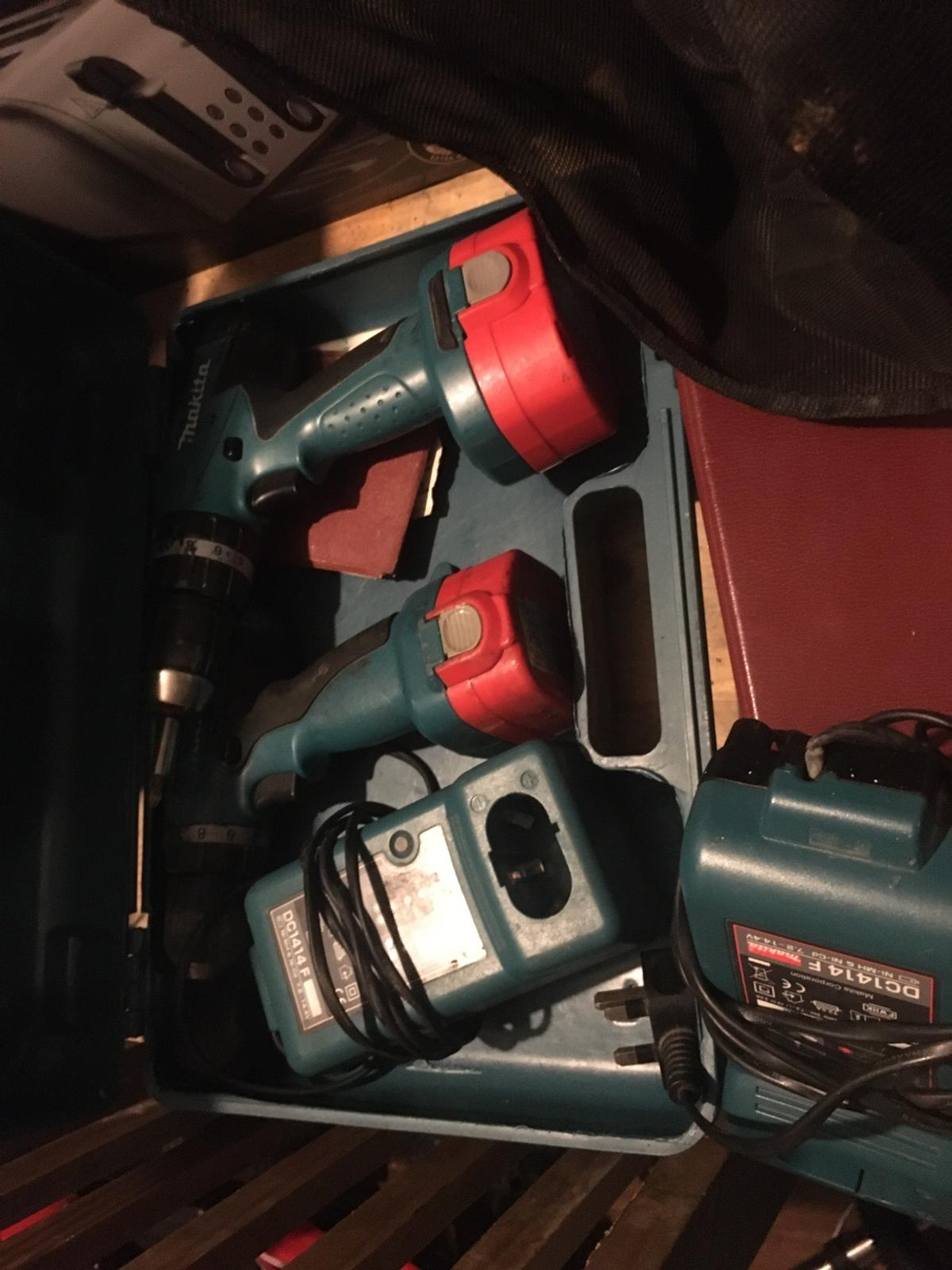 Makita drill set been in loft was working powers gone out batterys can't seem to get chargers to work