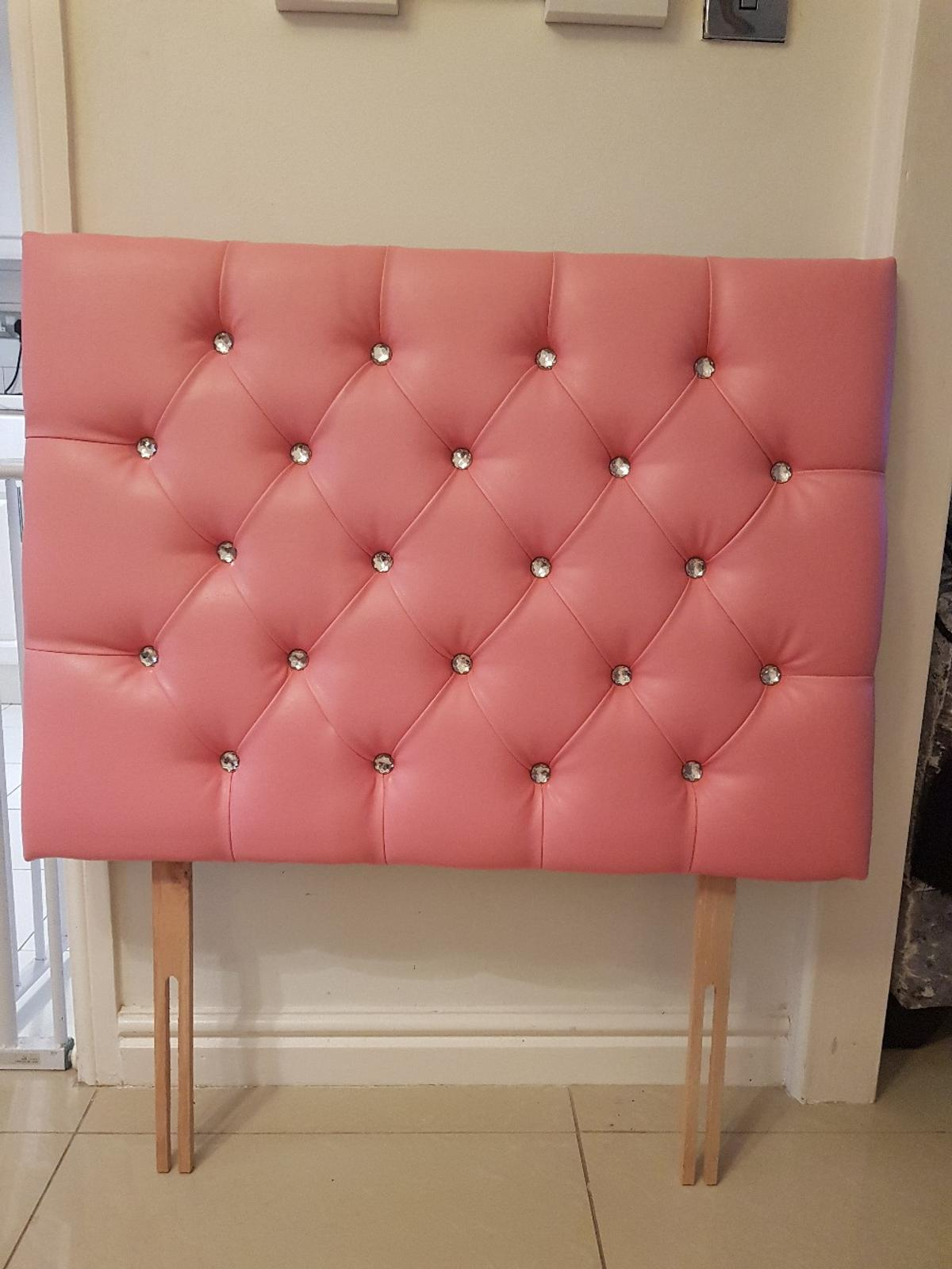 Pink stunning headboard with diamond buttons for single bed excellent condition 26inch high