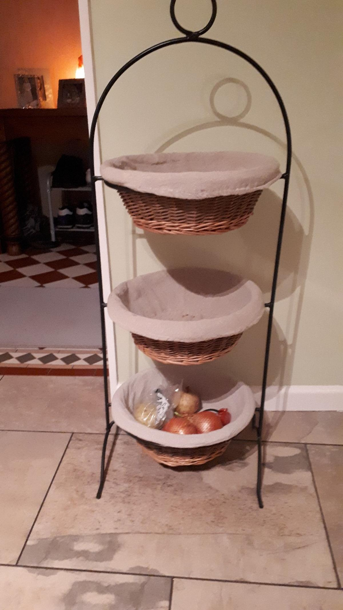 Metal framed veg rack with 3 baskets each with a liner which can be easily taken out and washed. Buyer collects (Birchwood)