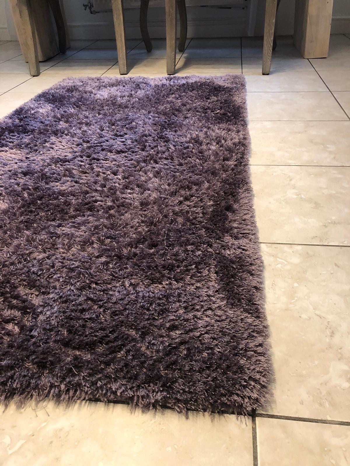 Lovely rug purchased from Dunelm Mill 80x150cm In excellent condition