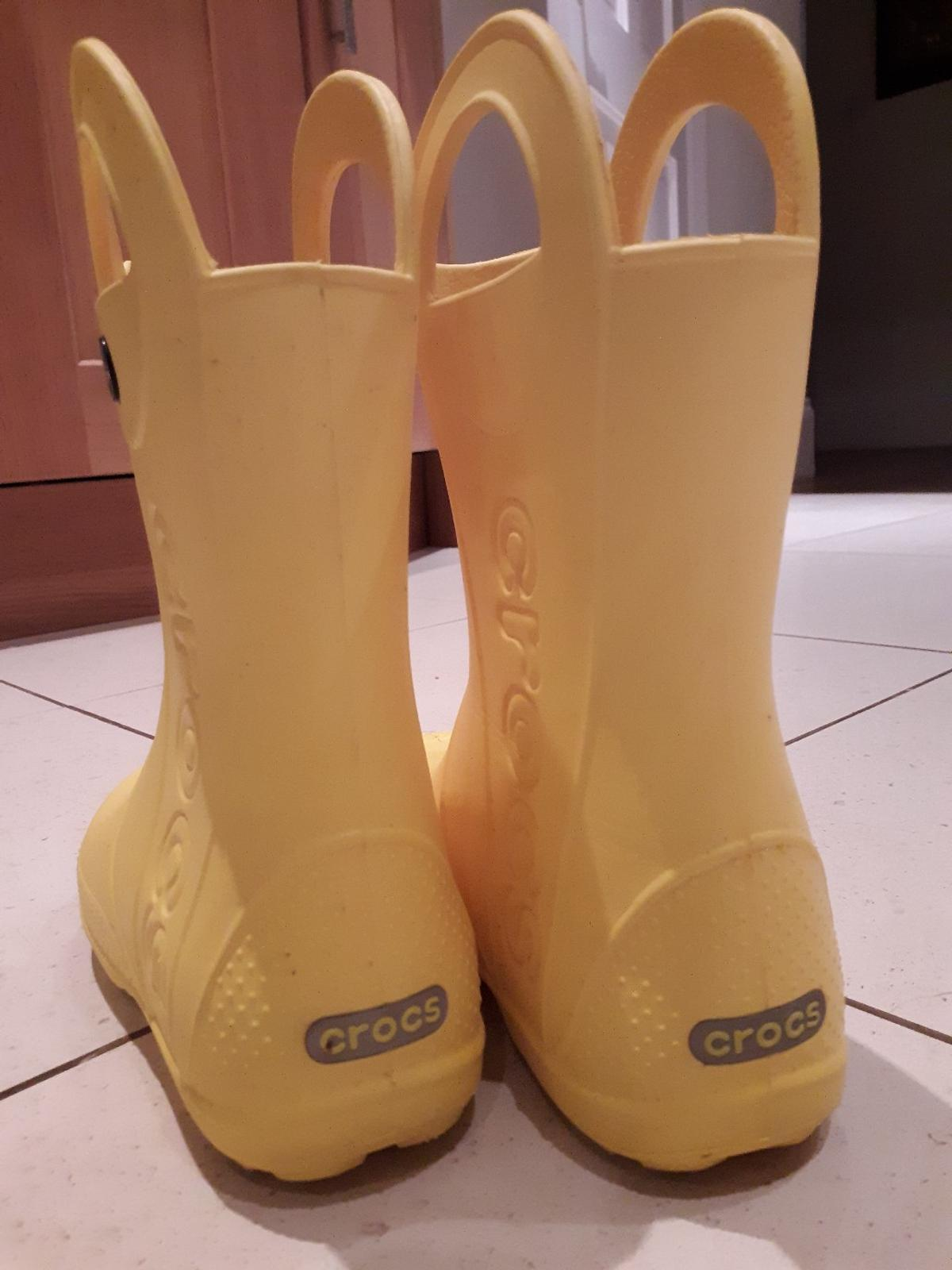 Fabulous yellow original Croc wellies. Perfect for this wet weather Size J2 Worn twice. Just like new  Selling for £20 brand new on Crocs website  Pick up Whetstone else can arrange delivery