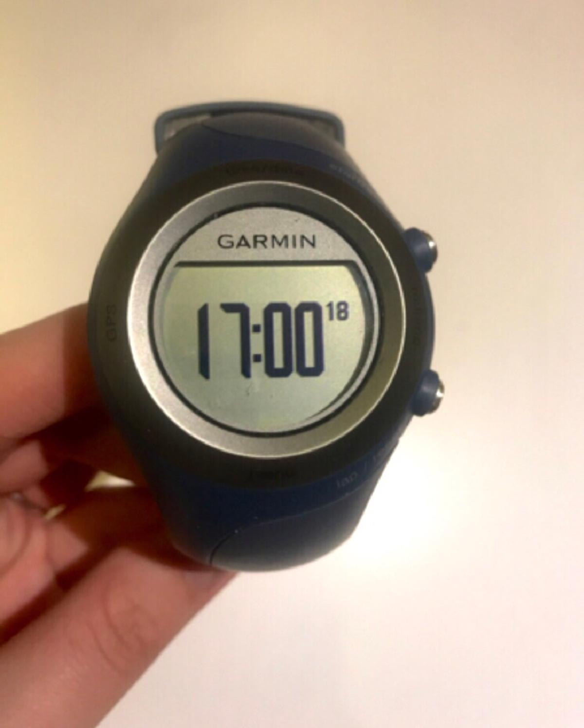 Garmin Forerunner 405cx heart rate monitor watch with GPS  Used, in excellent condition. Unboxed.  Includes: - Sports watch - Heart rate monitor belt - Extension for HR monitor belt - USB cable + charger - USB stick for uploading data onto Garmin software
