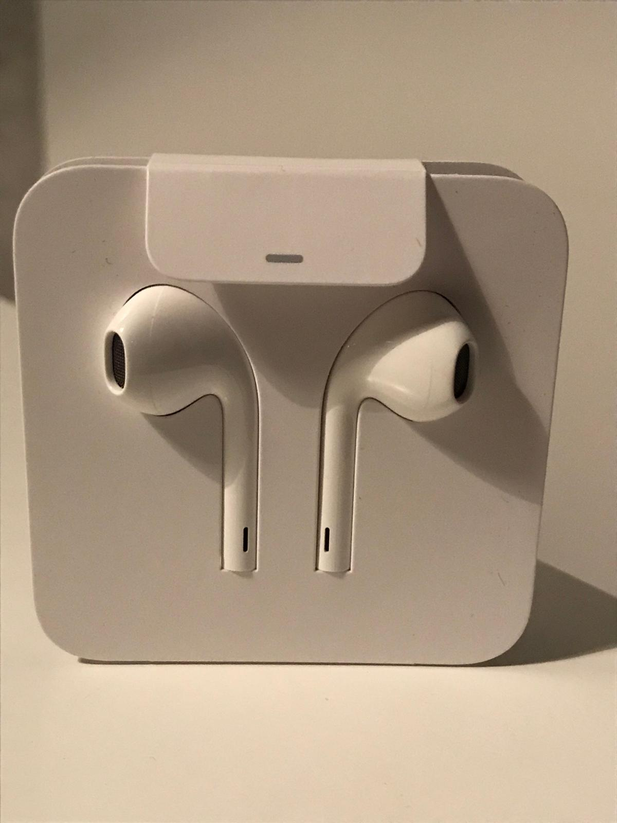 Unused EarPods for iPhone 7 and upwards.