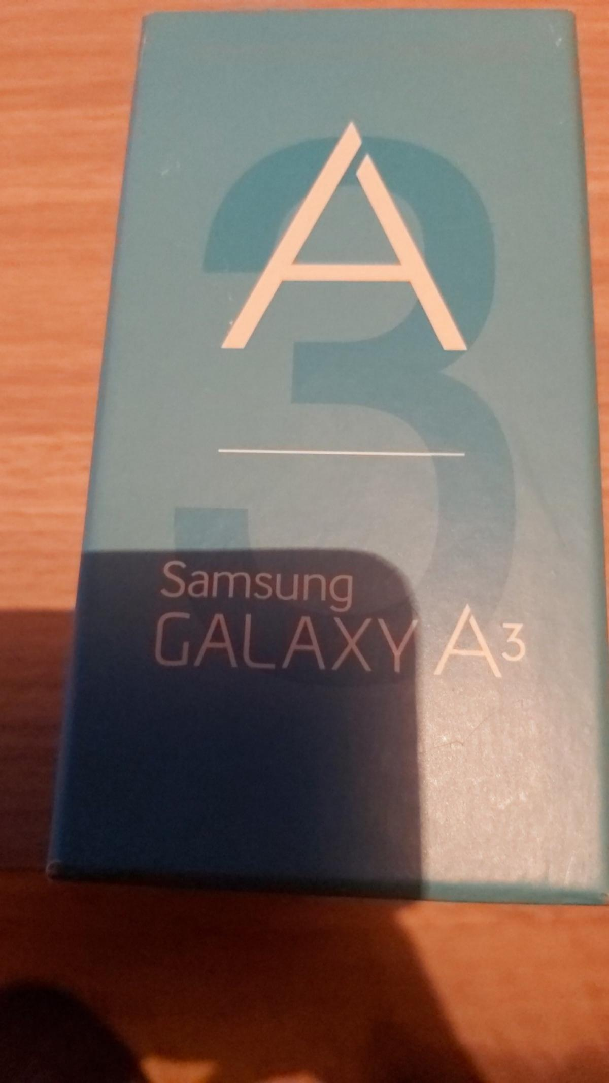 samsung a3..16gb..pearl white in very good cosmetic condition..needs a new lcd fitting...phone comes with a new lcd and tools..original box and charger