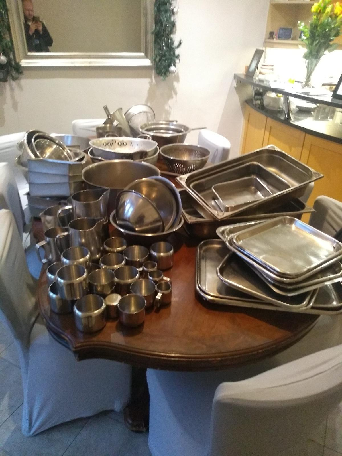 Stainless steel & Aluminum restaurant equipment,68 pieces in total all in fair to good condition. Everything from large pans to oven trays and sugar bowls.