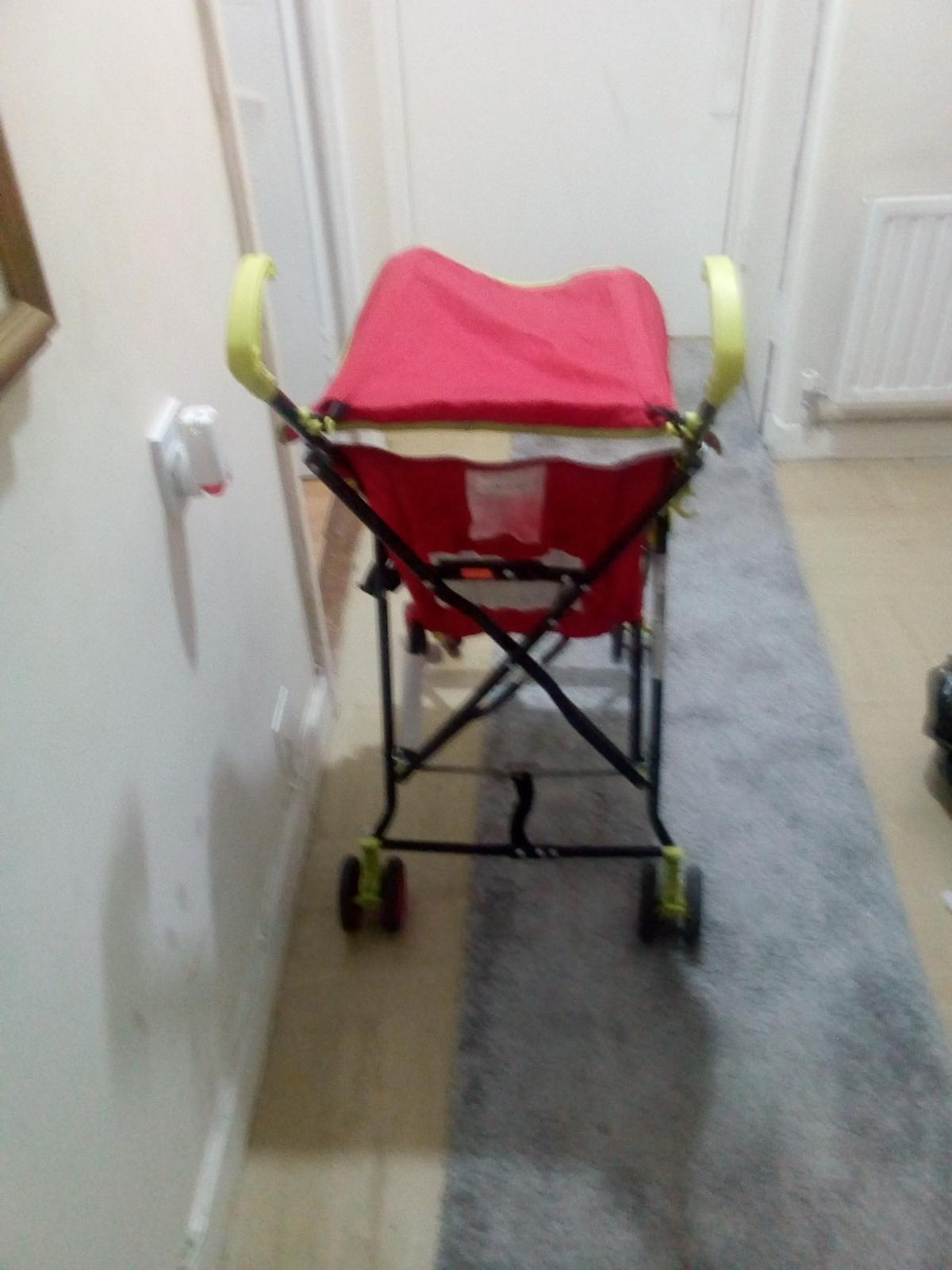 baby's buggy with hud 3 pics £5