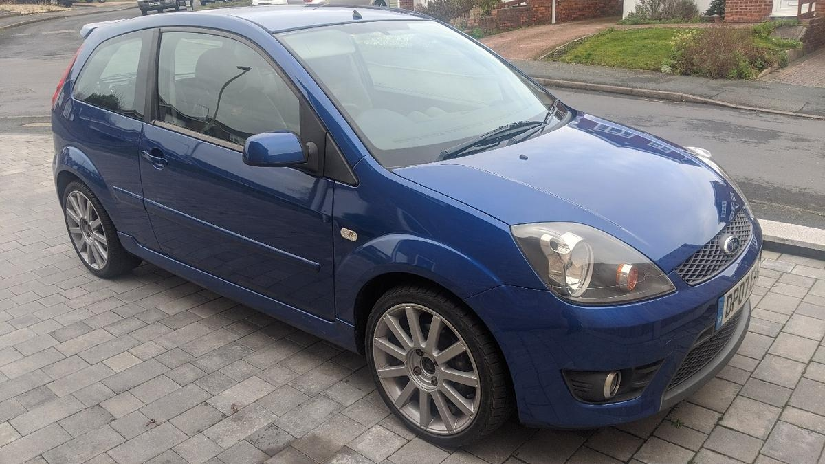 2007 07 plate 87k miles with history Standard car Superb condition throughout Excellent engine and gearbox New MOT Just had a full service Refurbished wheels with excellent tyres Brand new centre caps on order  07989632251 Read less