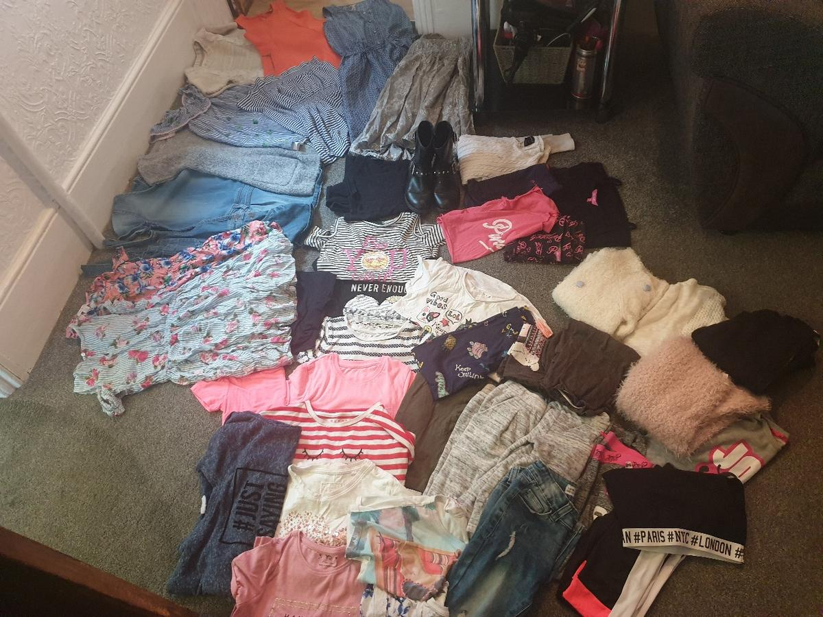 massive bundle of girls clothing,  condition is used.  brands consist of pineapple, Ralph Lauren, matalan, primark, george etc..  boots size 1