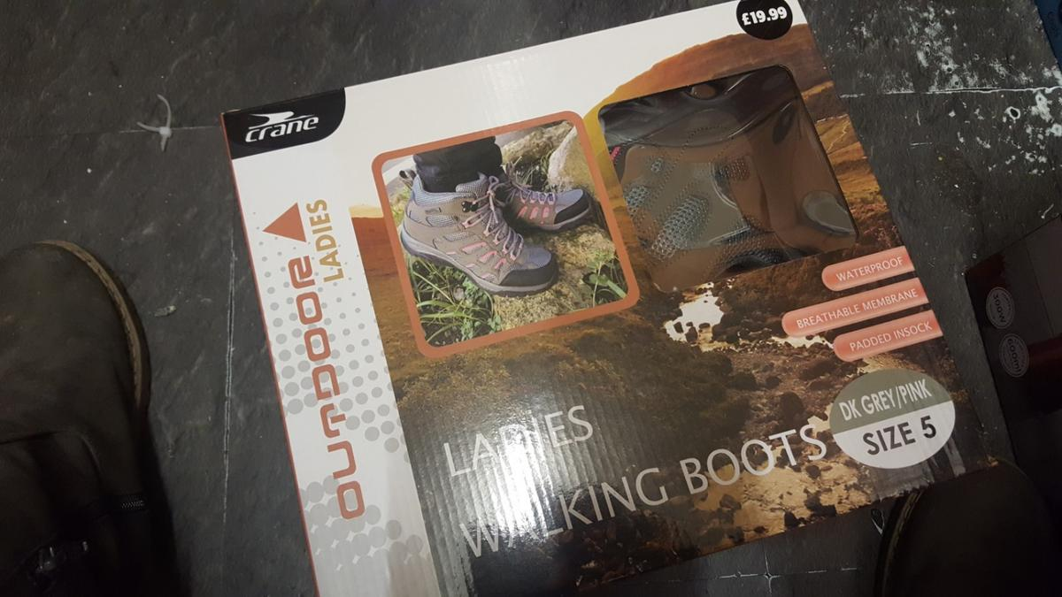 ladies walking boots size 5 new in box retail at 19.99 half price no offers