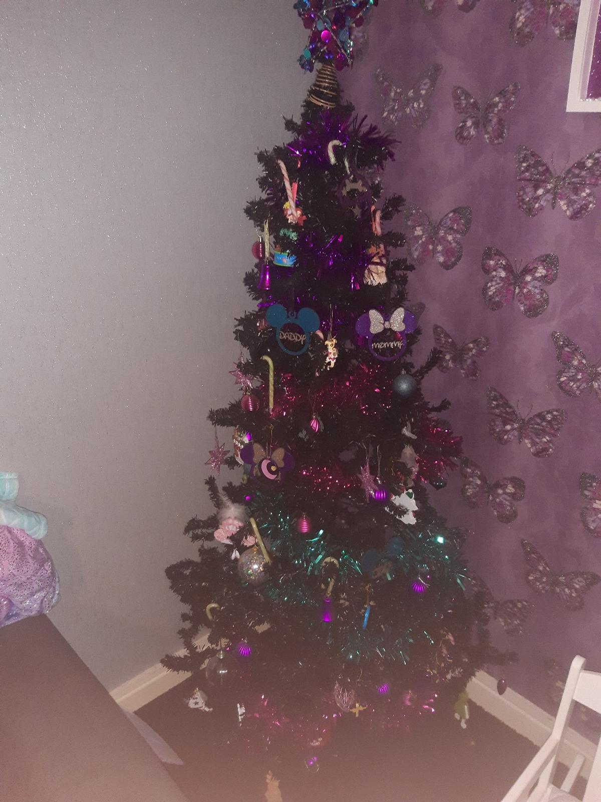 Black Christmas Tree In Wv14 Sandwell For 20 00 For Sale Shpock