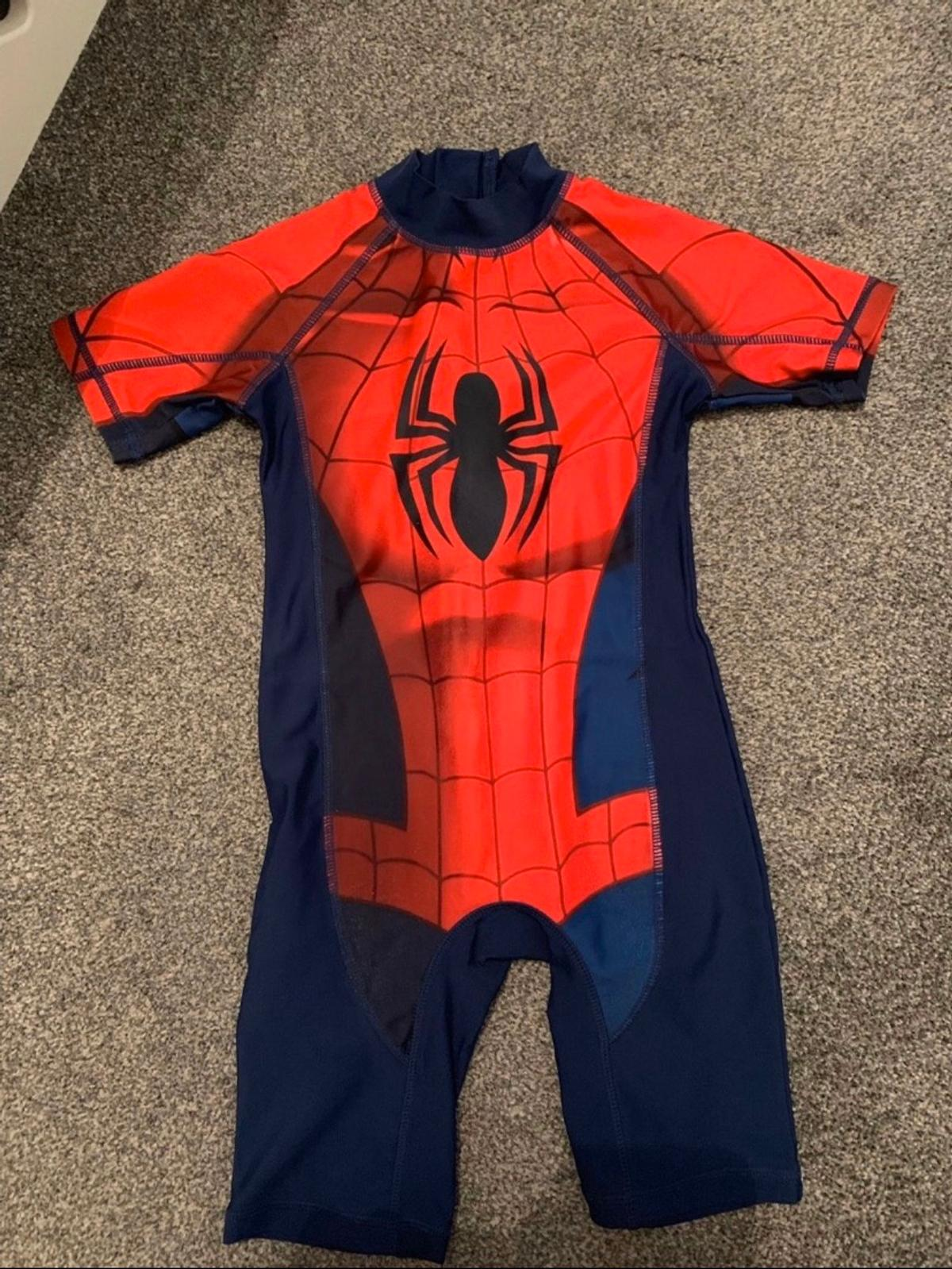 UPF 50+ Fabric Immaculate Condition  BATMAN Age 5-6  SPIDER-MAN Age 4-5  HULK Age 4-5  From a Smoke and Pet Home  Collection only, from Prescot
