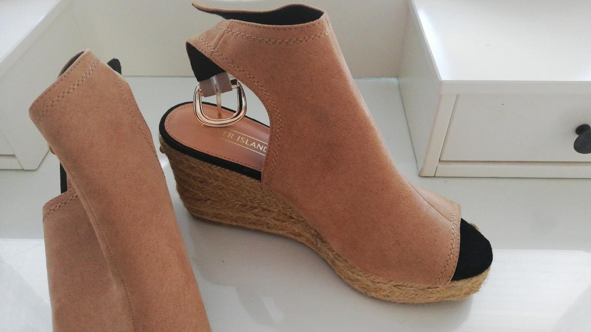 New ladies river island wedge shoes size 5