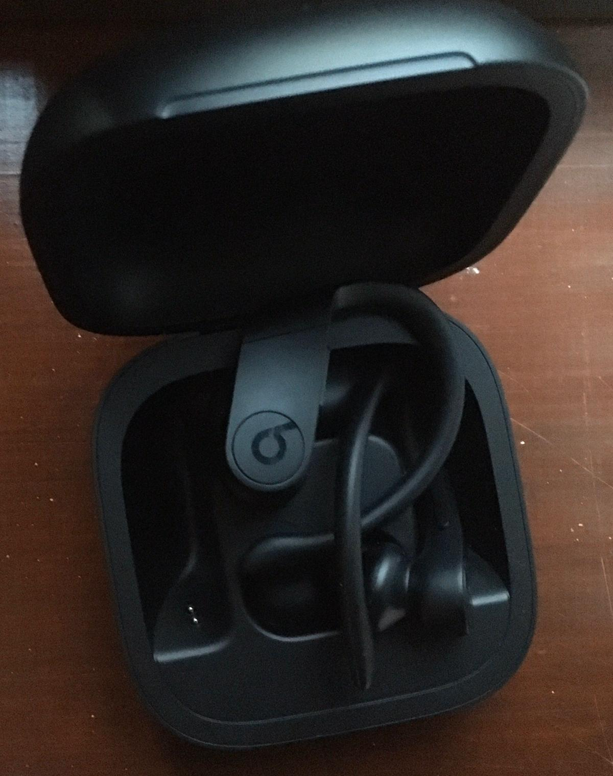 Excellent condition All black +++