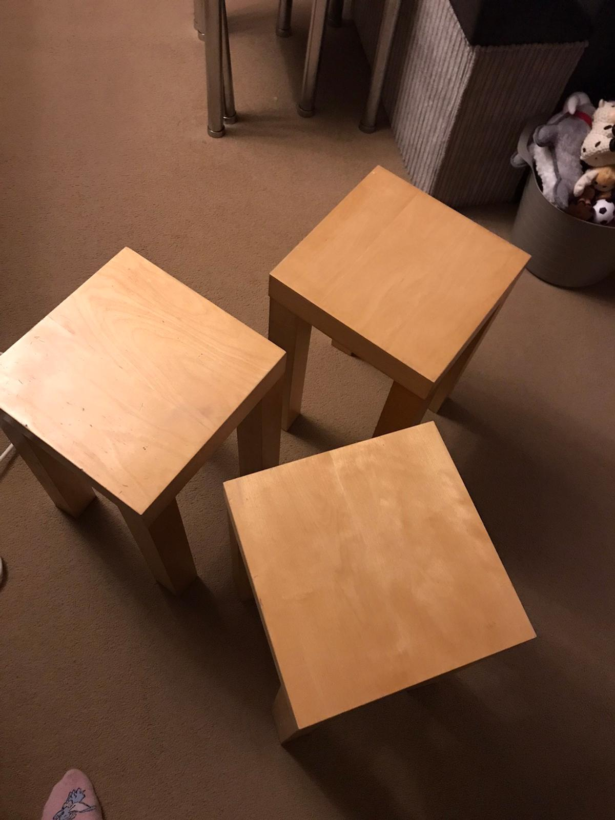 3 side tables and 1 larger one. Larger one has a few marks on as show in picture 3. £5 for all 4 tables need gone. Larger table has been taken apart for storage. Collection from dy9 Stourbridge