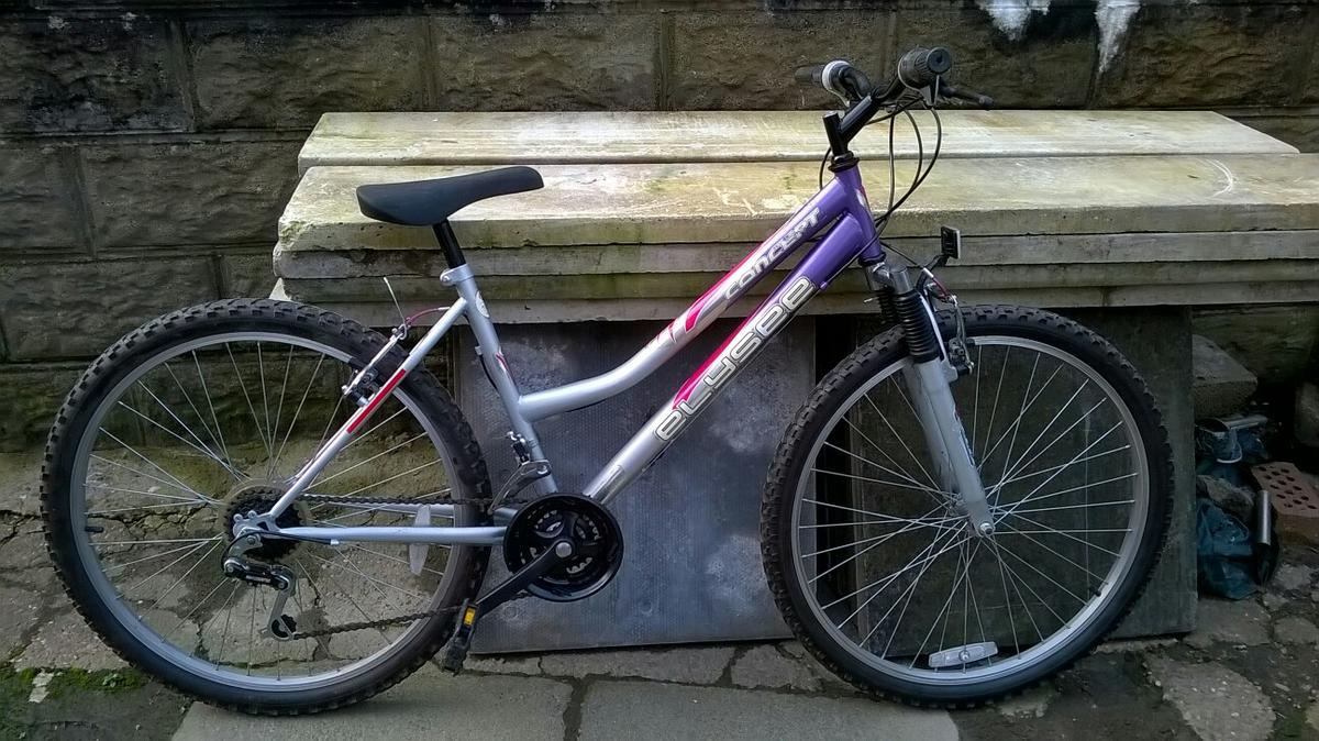 concept elysee bike silver purple pink speed is 21 Wheels are 26 inch Frame is 18 inch Age 13 yrs up ladies Any questions please contact me on 07772893681 thanks Stephen Collection only packmoor area  £35 no offers
