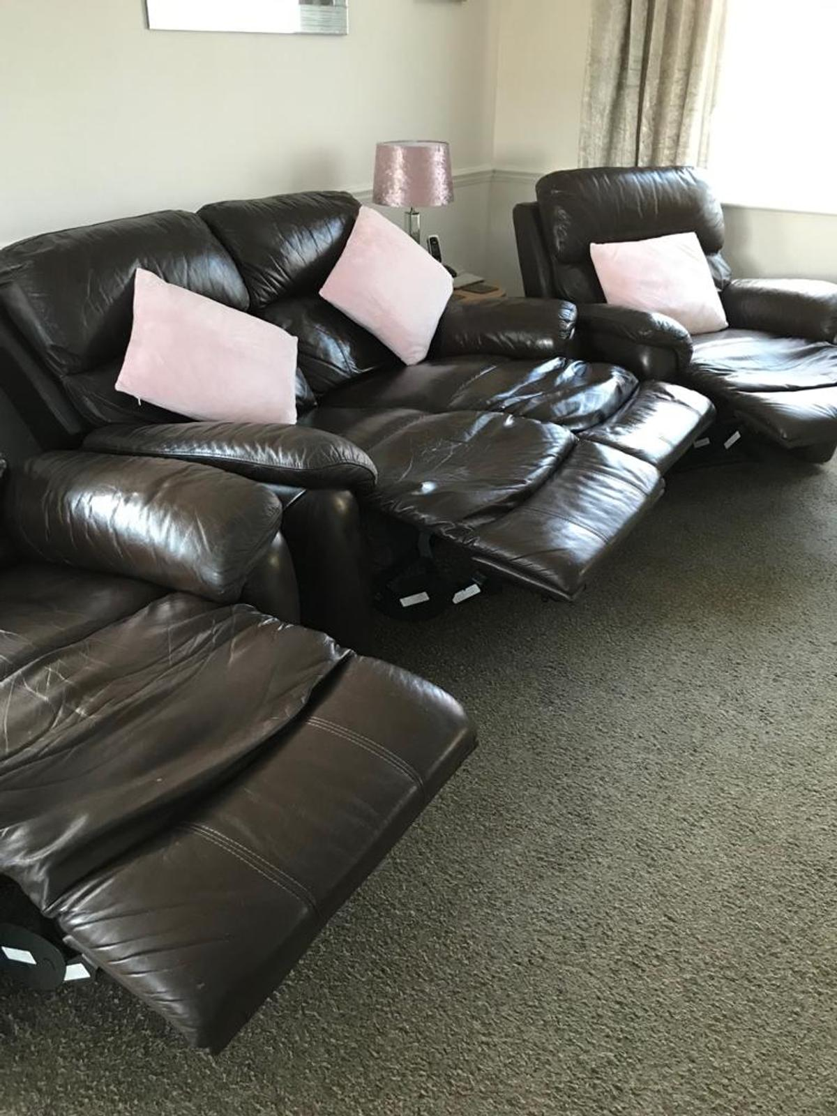 Dark Brown 2x seater and 2 arm chair electric and manuel recline.  **collection only **