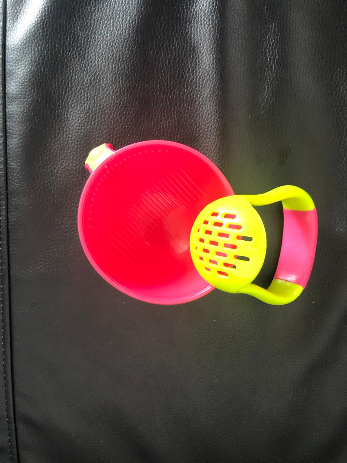 Great for weaning. Baby bowl with masher and lid (that I found after I took the photos)  Only used twice.