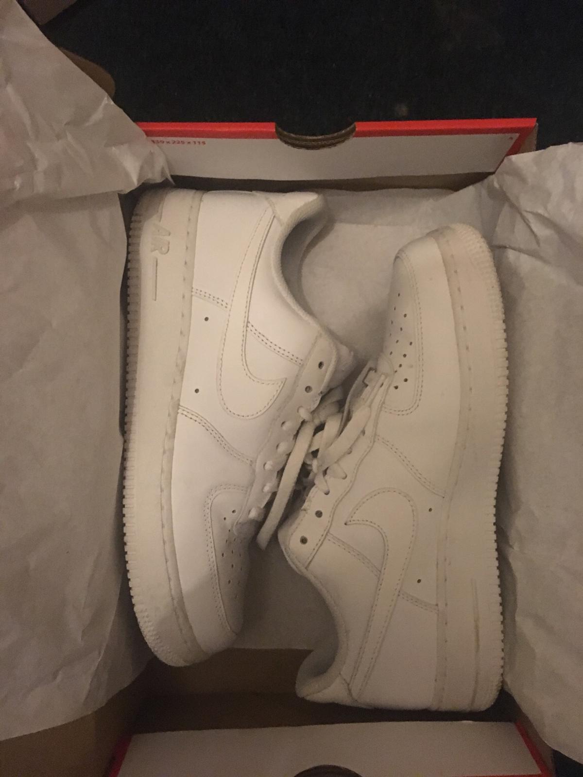 They are in really good condition no marks or scratches