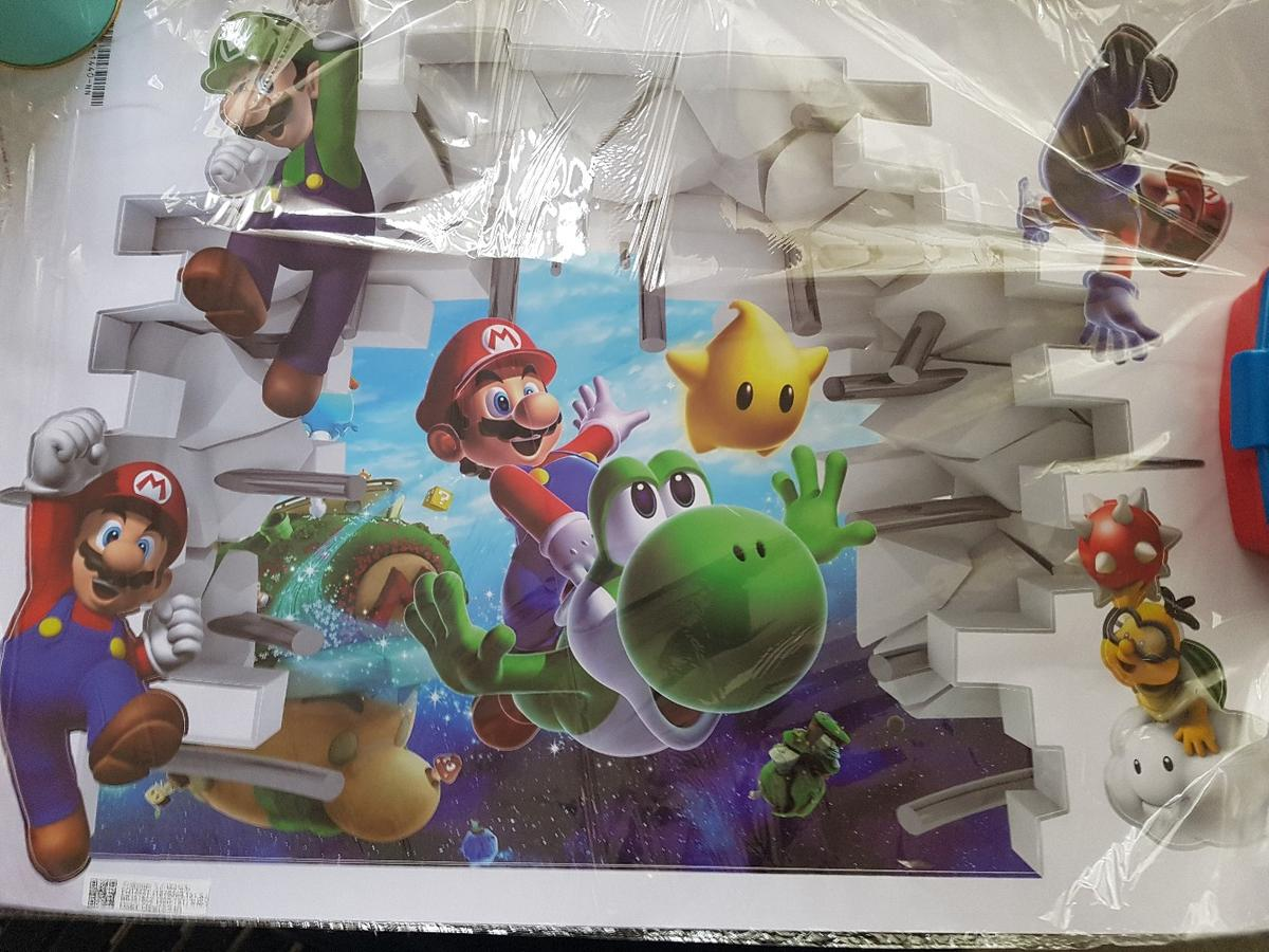 Super Mario wall sticker, collection only S35 High Green