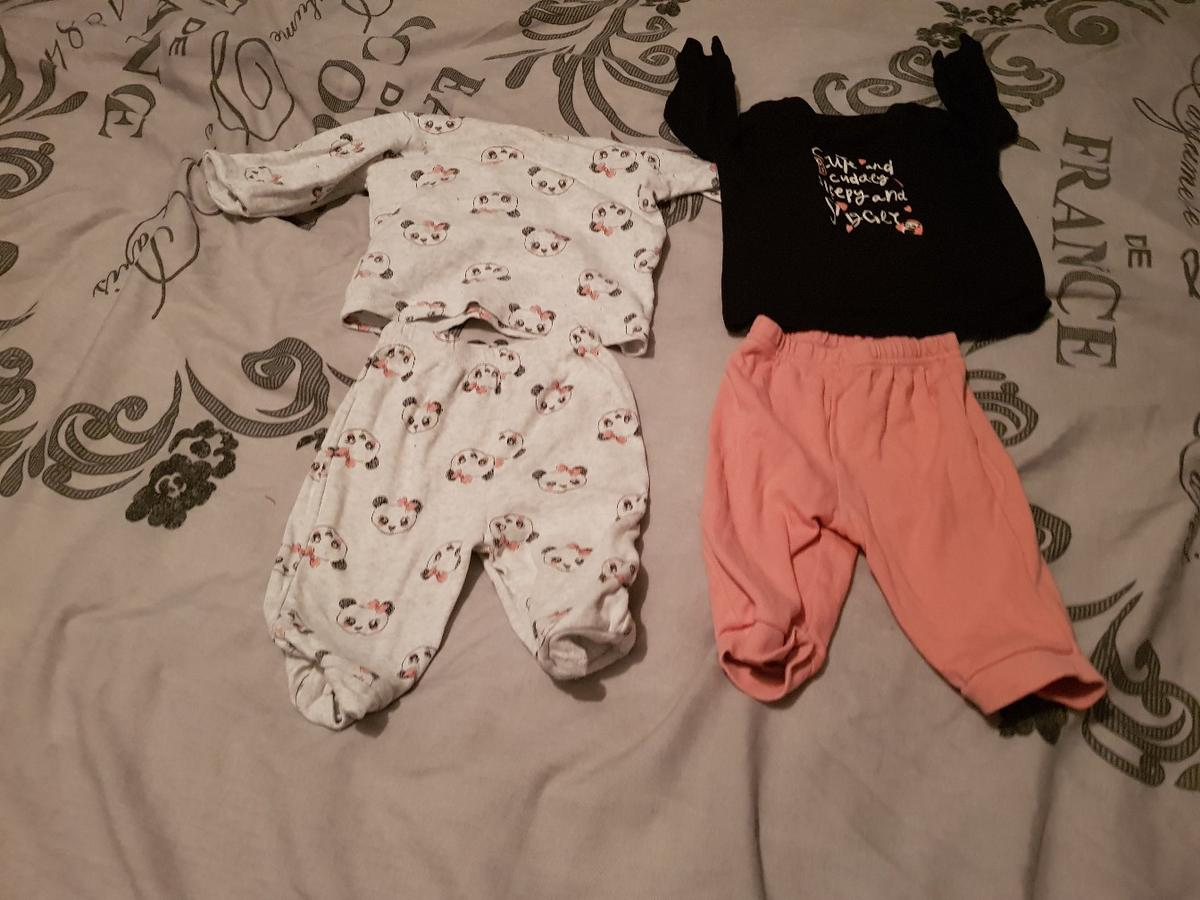 For sale girls 3-6 months in good condition vest,babygrows,outfits,jumpers,snowsuit