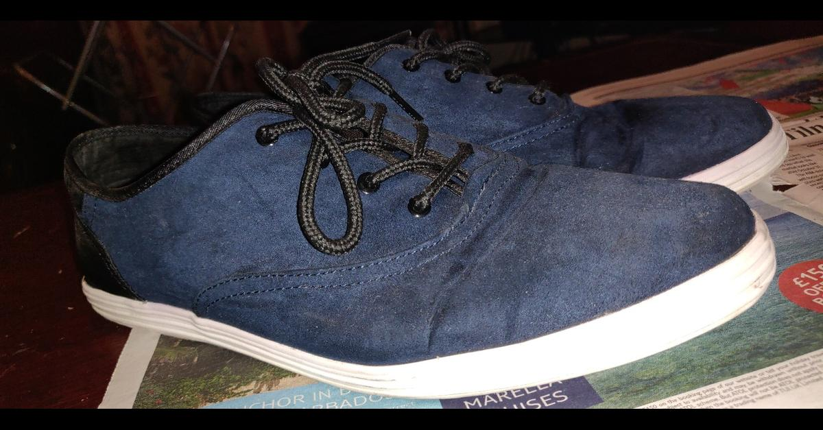 9.5 UK suede navy blue worn few times very good condition - like new  collection