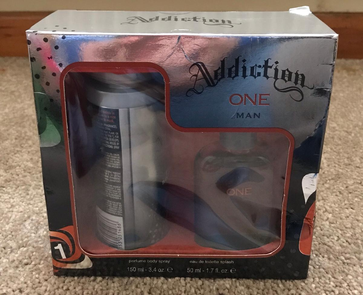 Brand new addiction gold man set £12 each or £25 for two Sealed never use . Collection or posted with small fee