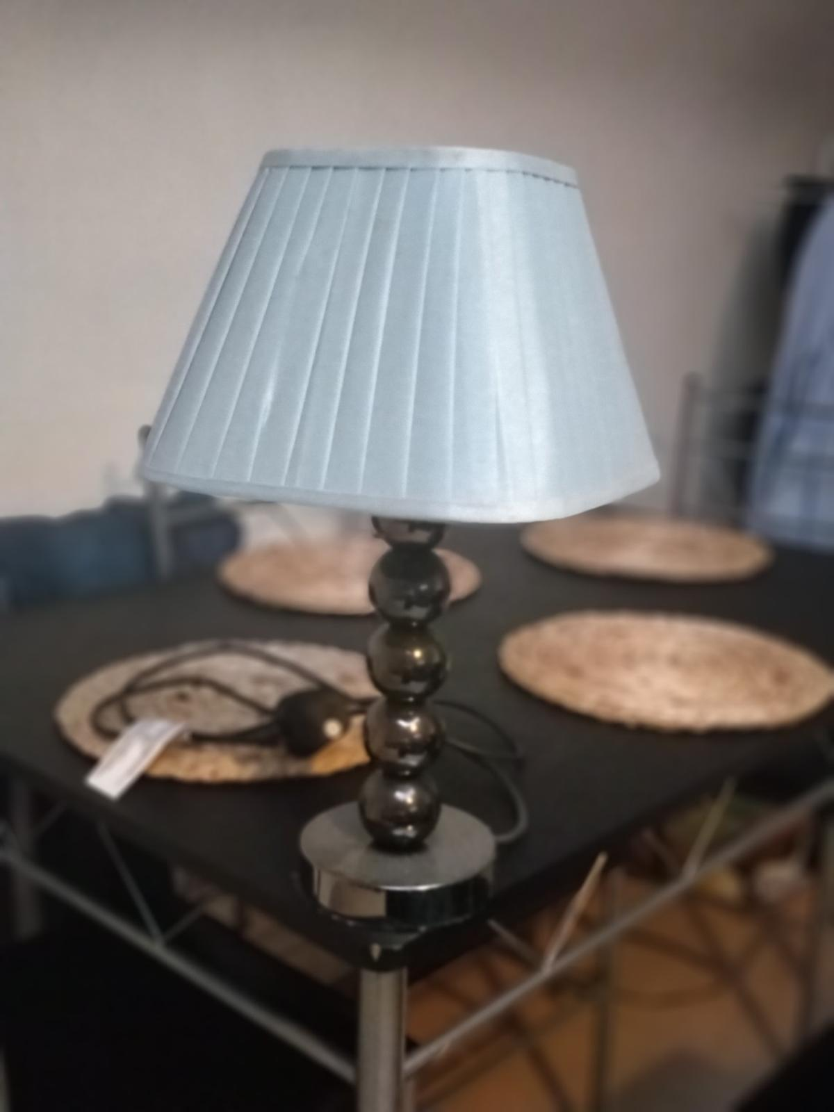 home base lamp with a teal, pleated shade. in excellent condition, only selling due to no use for anymore. collect only.