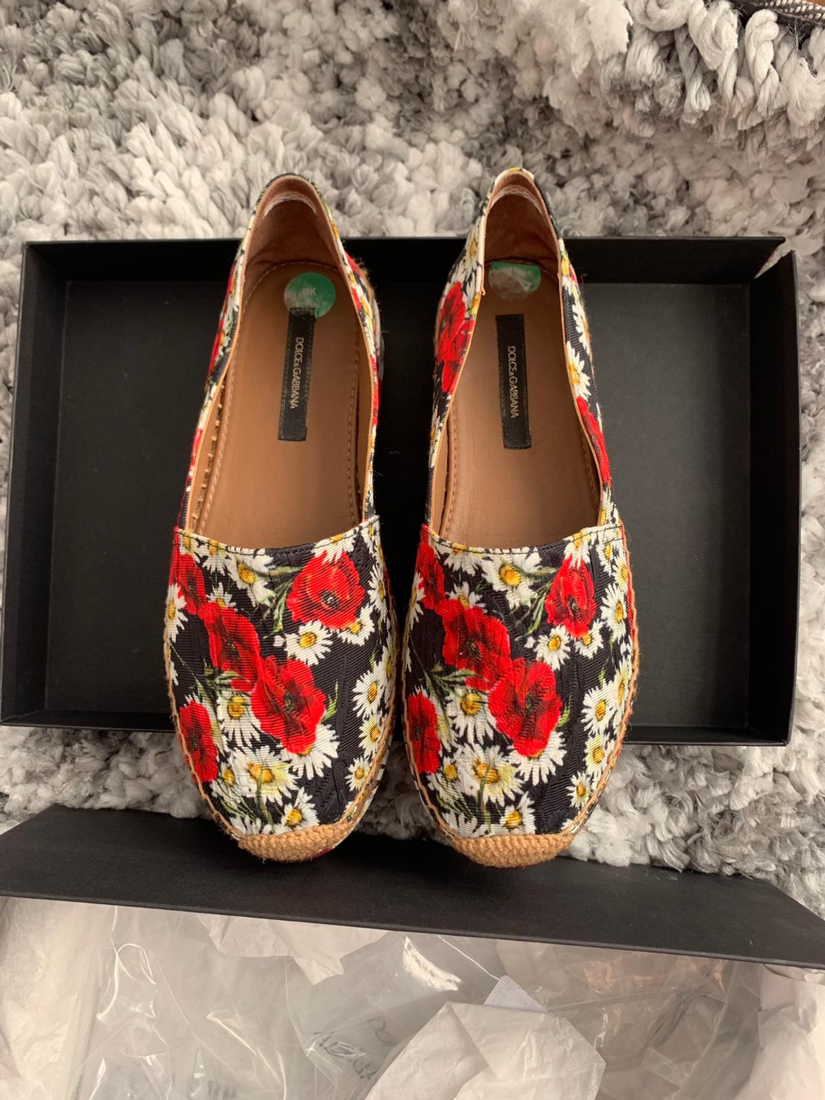 Authentic Dolce and Gabbana Floral Espadrilles. Size 4, worn once in very good condition!