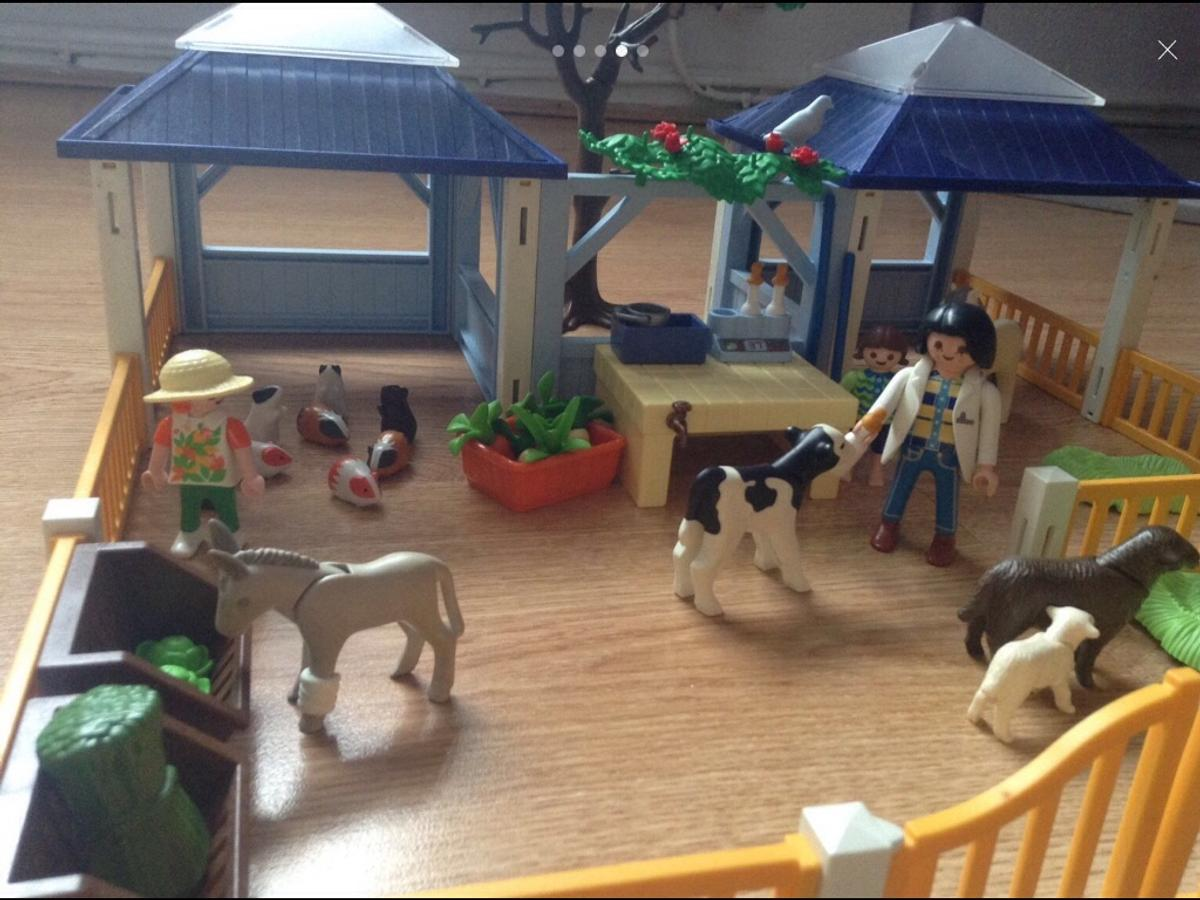re uploaded due to time waster playmobil vets not in the original box but a box will be provided all pieces are there + some extras like the hamsters. £10 Ono pickup only I will not post. L35