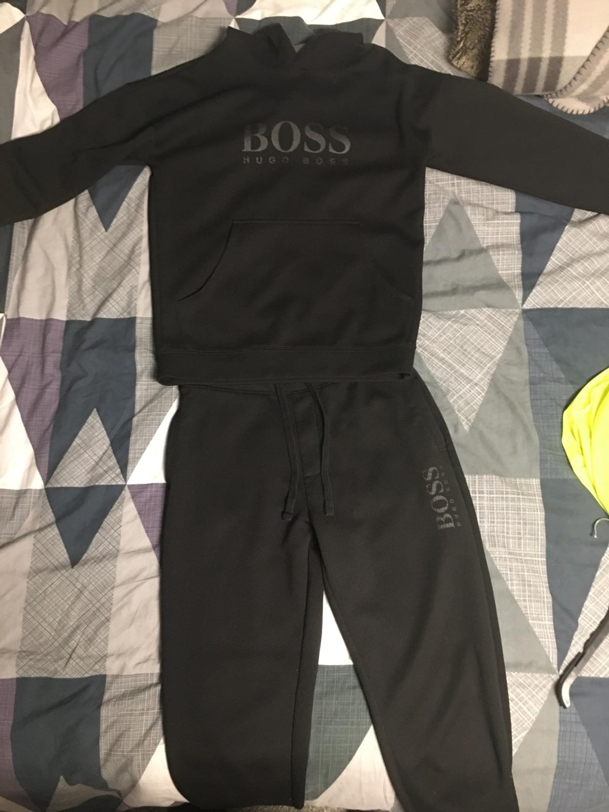Small men's Hugo boss tracksuit hardly worn good condition