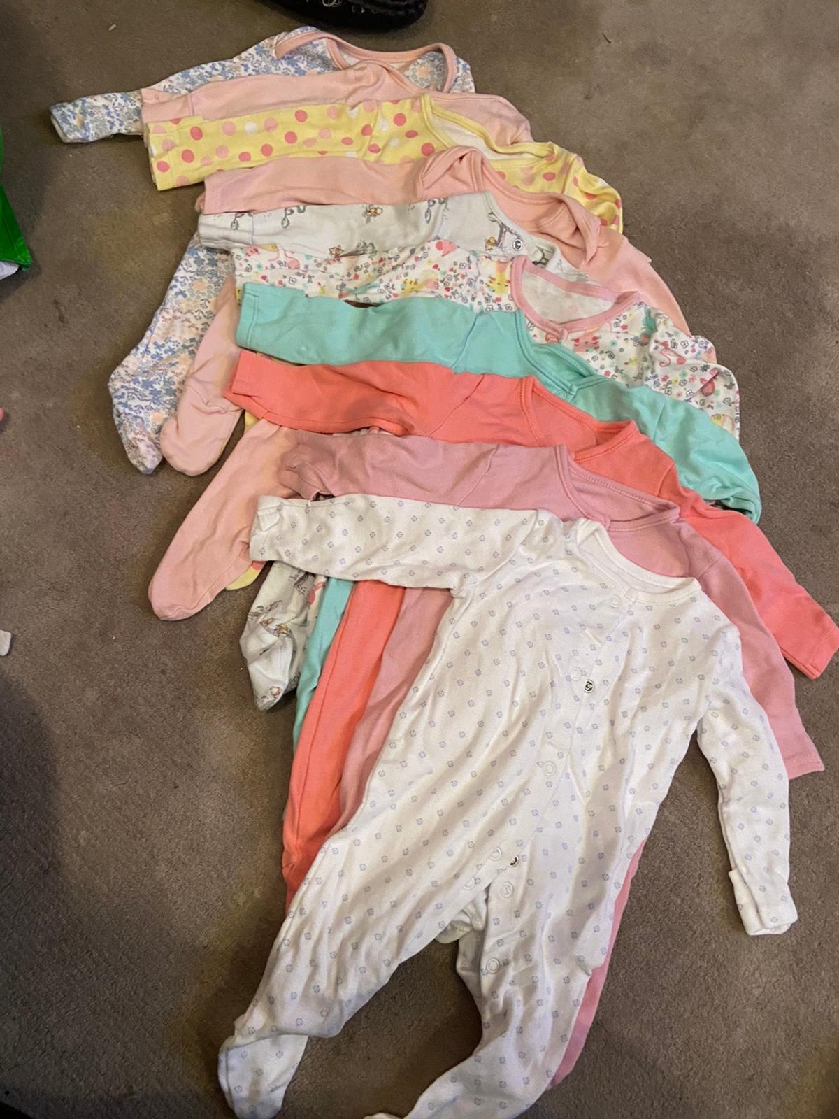 10 x new born baby grows, barely used.