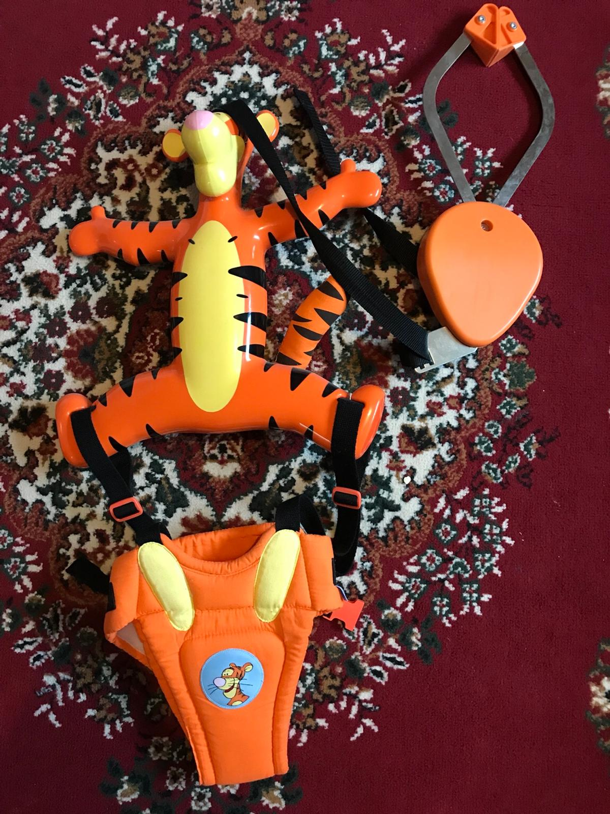 Tigger door bouncer great used condition. Collect ASAP thank you 😊