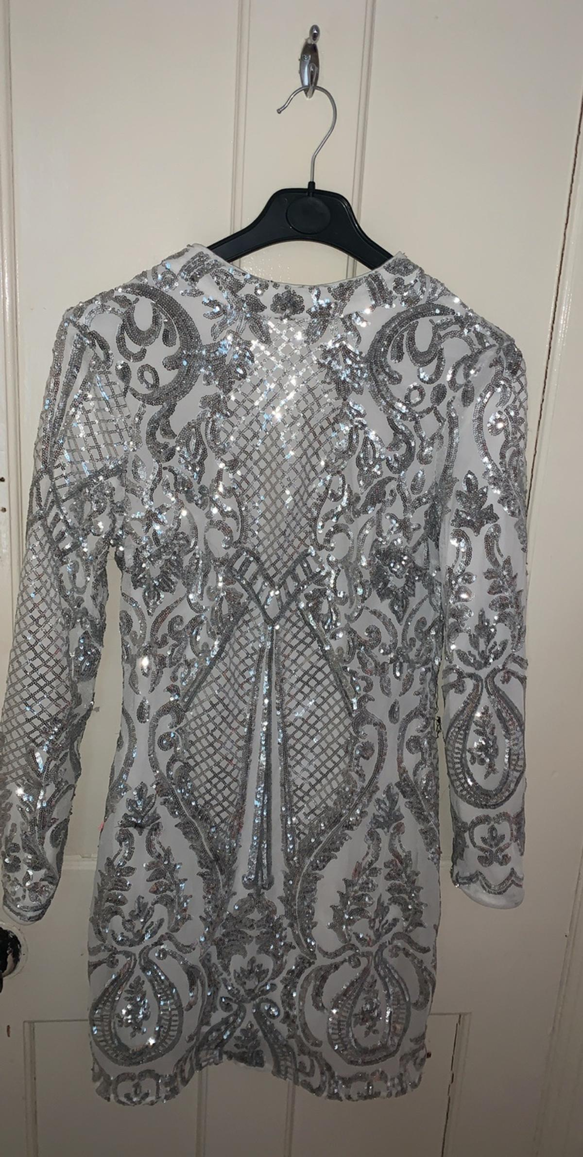 Dress no used brand new jist dont have the price tag on it
