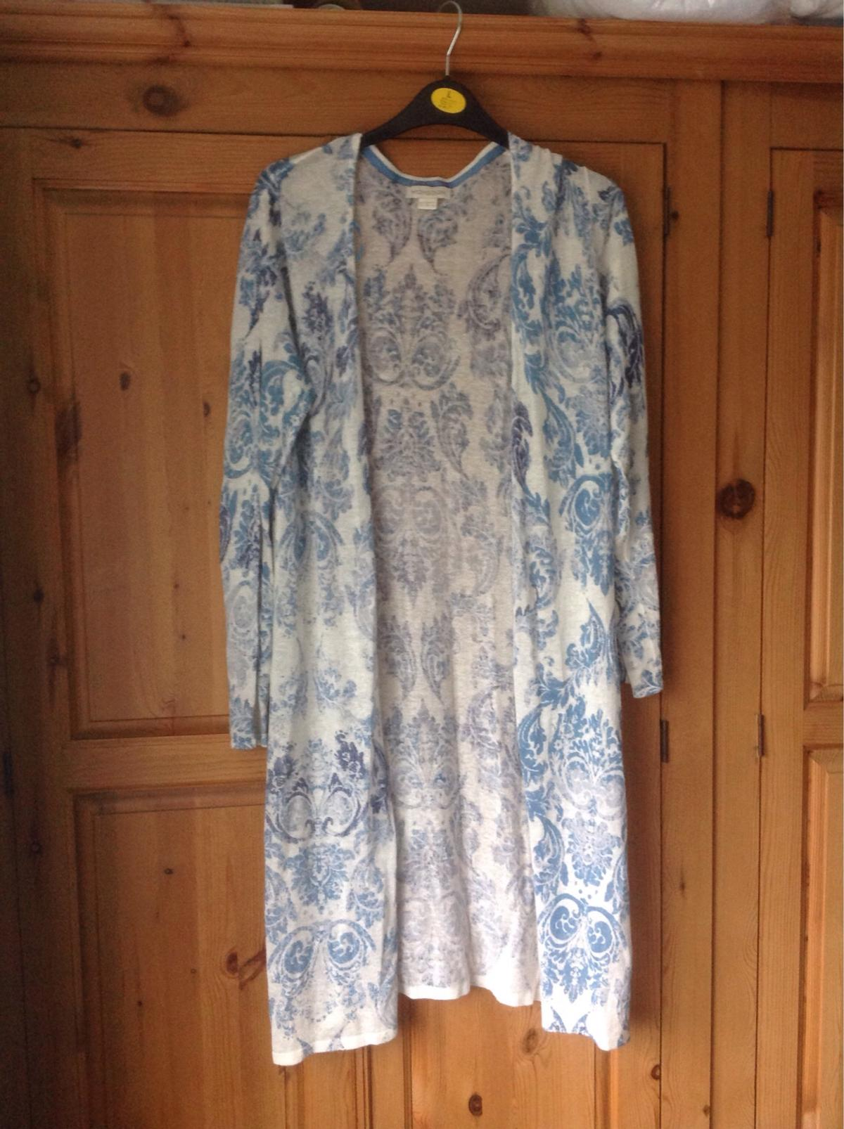 Lovely long patterned cardigan in blue and while from Monsoon. Very good condition.