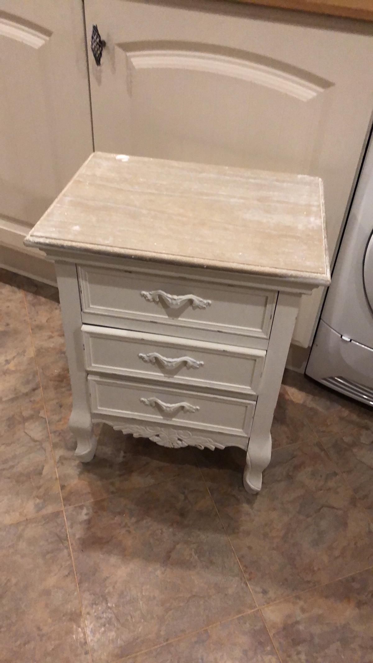 Picture of: Shabby Chic Bedside Table In Ws12 Chase For 45 00 For Sale Shpock