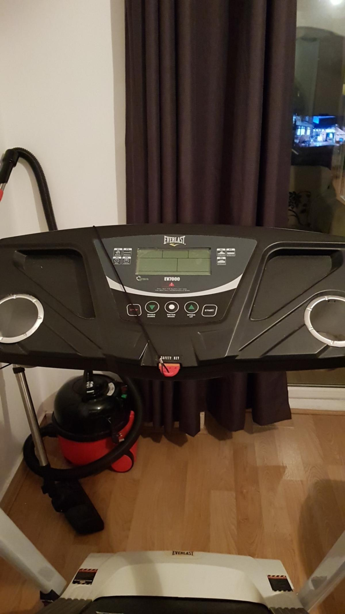 Everlast treadmill for sale excellent condition buyer must be able to collect. multiple programs for a fantastic workout.