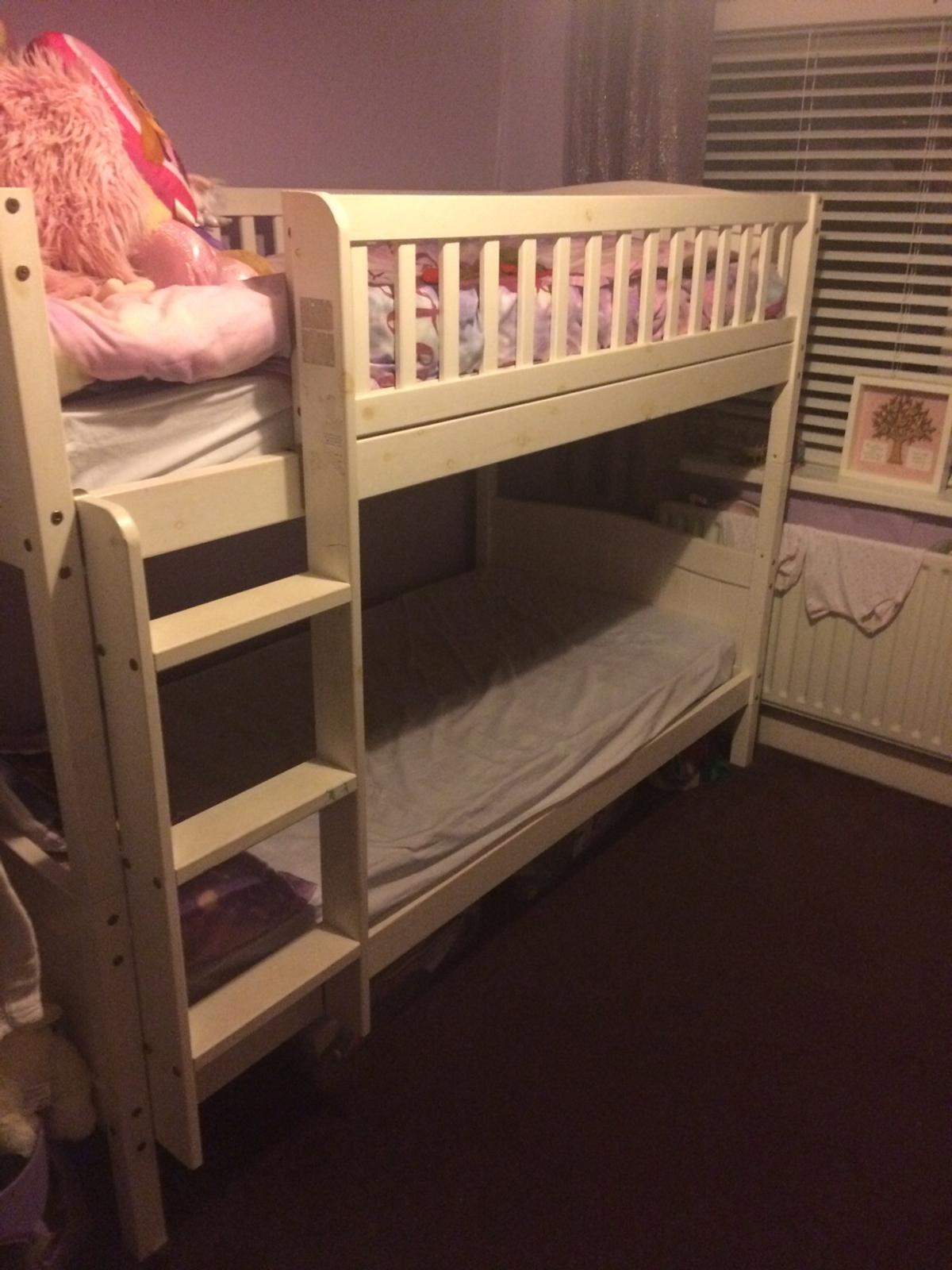 Bunk beds in good condition, from smoke free home, mattresses included, will be available to collect on Saturday 18th jan. No offers please. Relisted due to time waster.